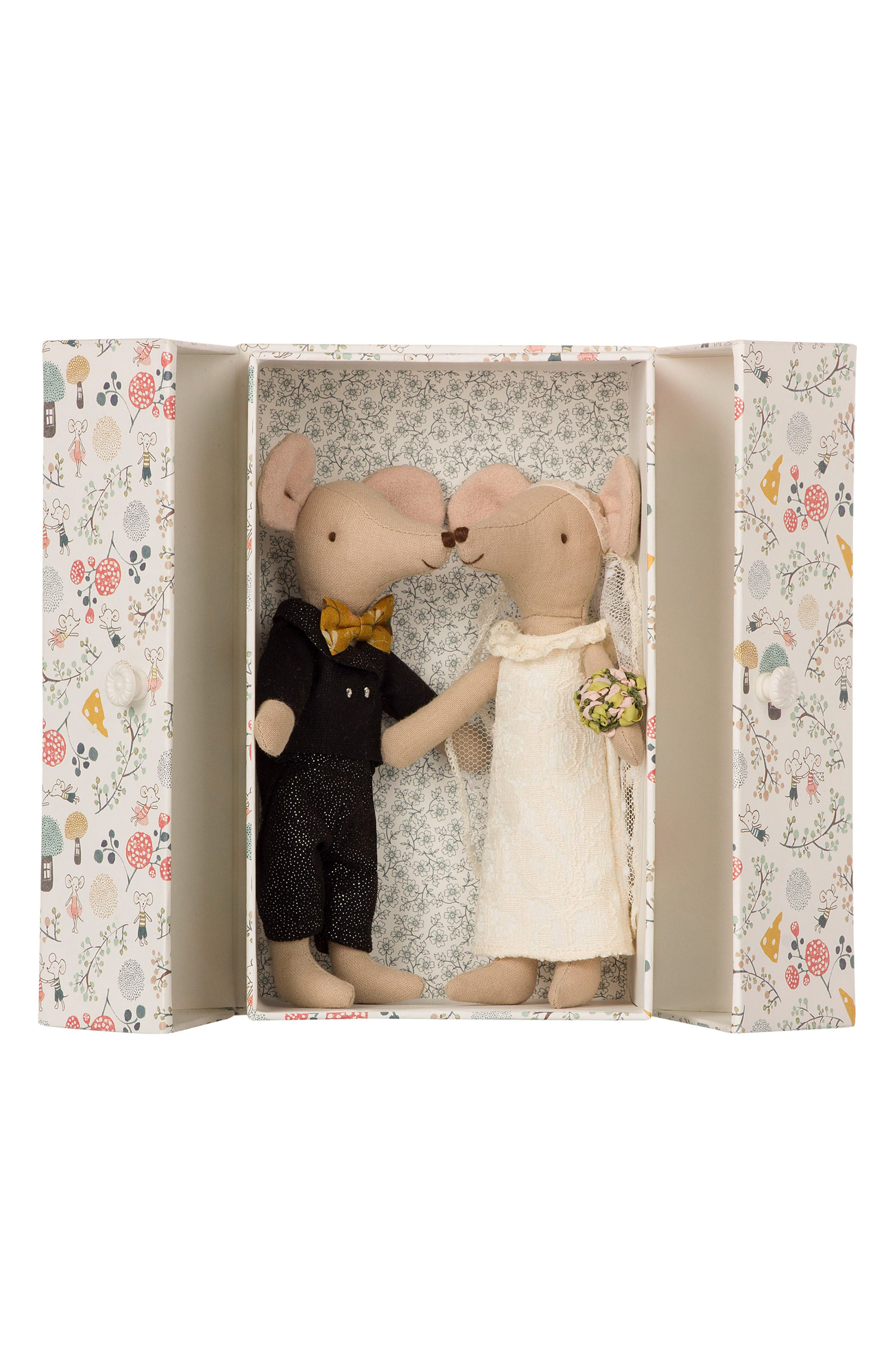 3-Piece Wedding Mice Couple in Box,                             Main thumbnail 1, color,                             White And Blach Dress