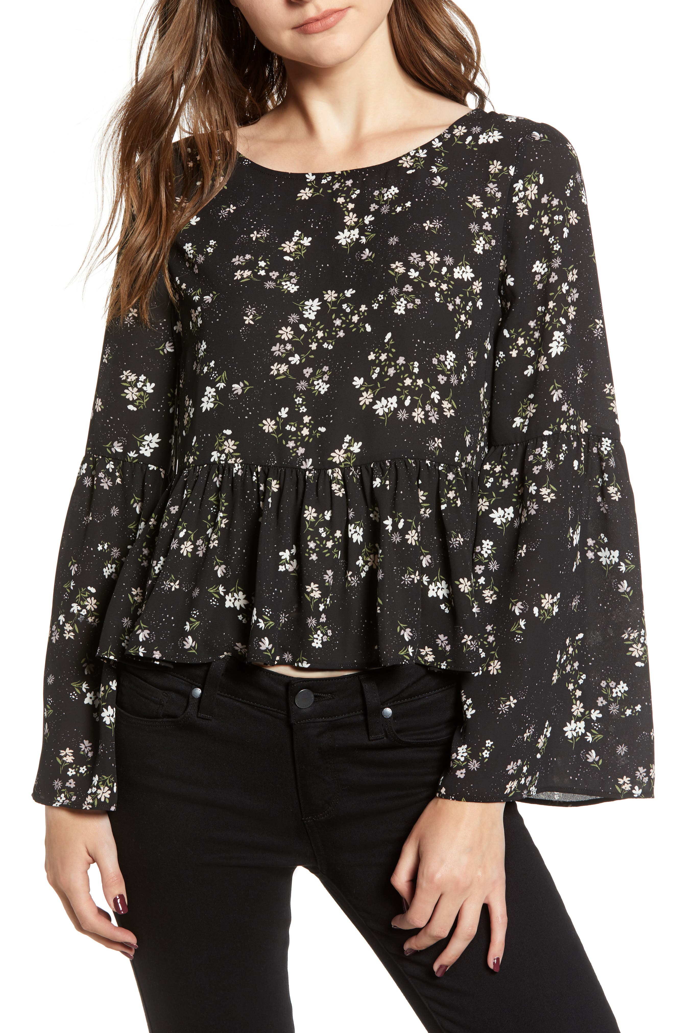 CUPCAKES AND CASHMERE JOSEPHINA PRINT BELL SLEEVE TOP