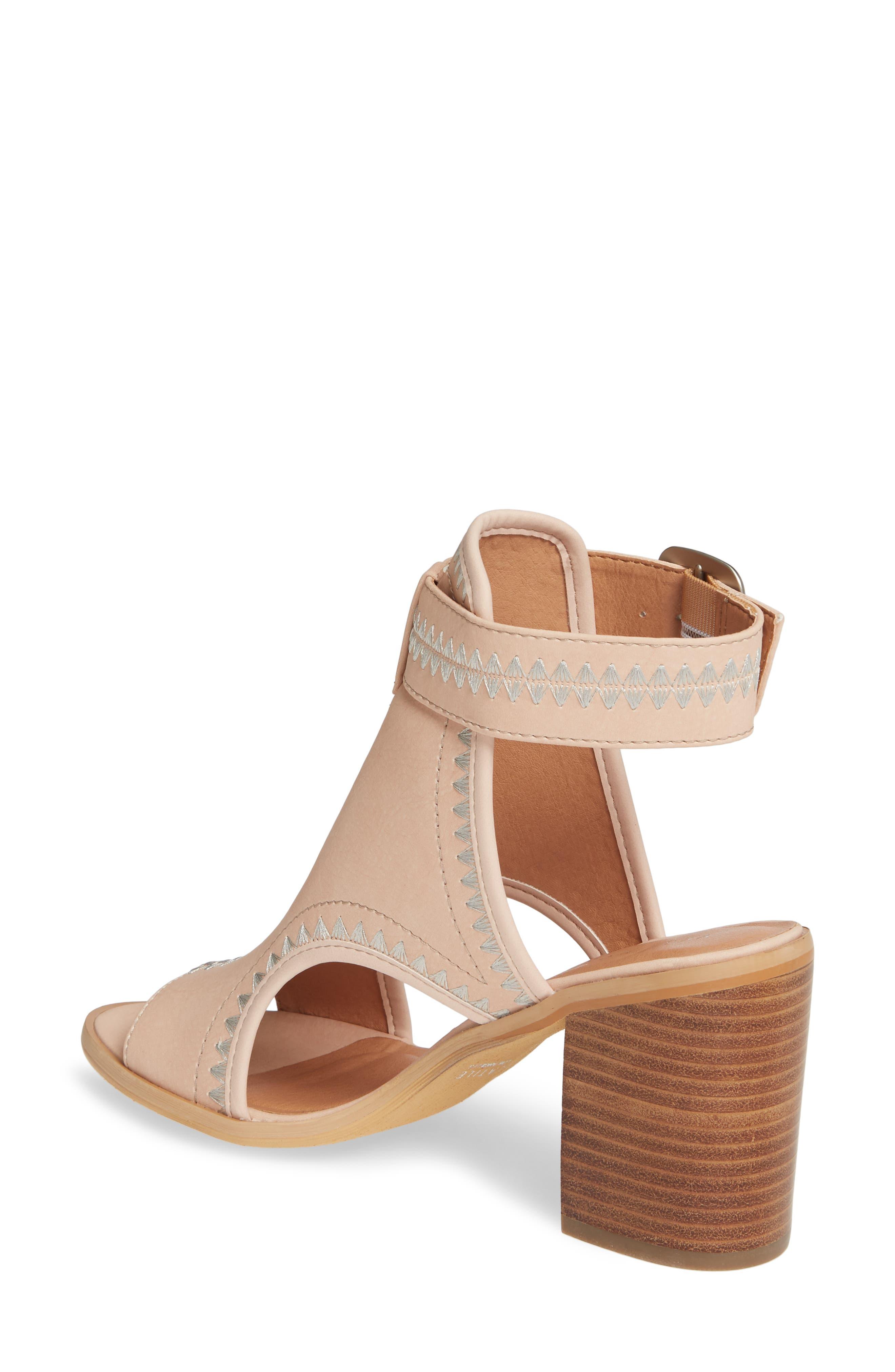 4b521c5a4 Women s Very Volatile Sandals