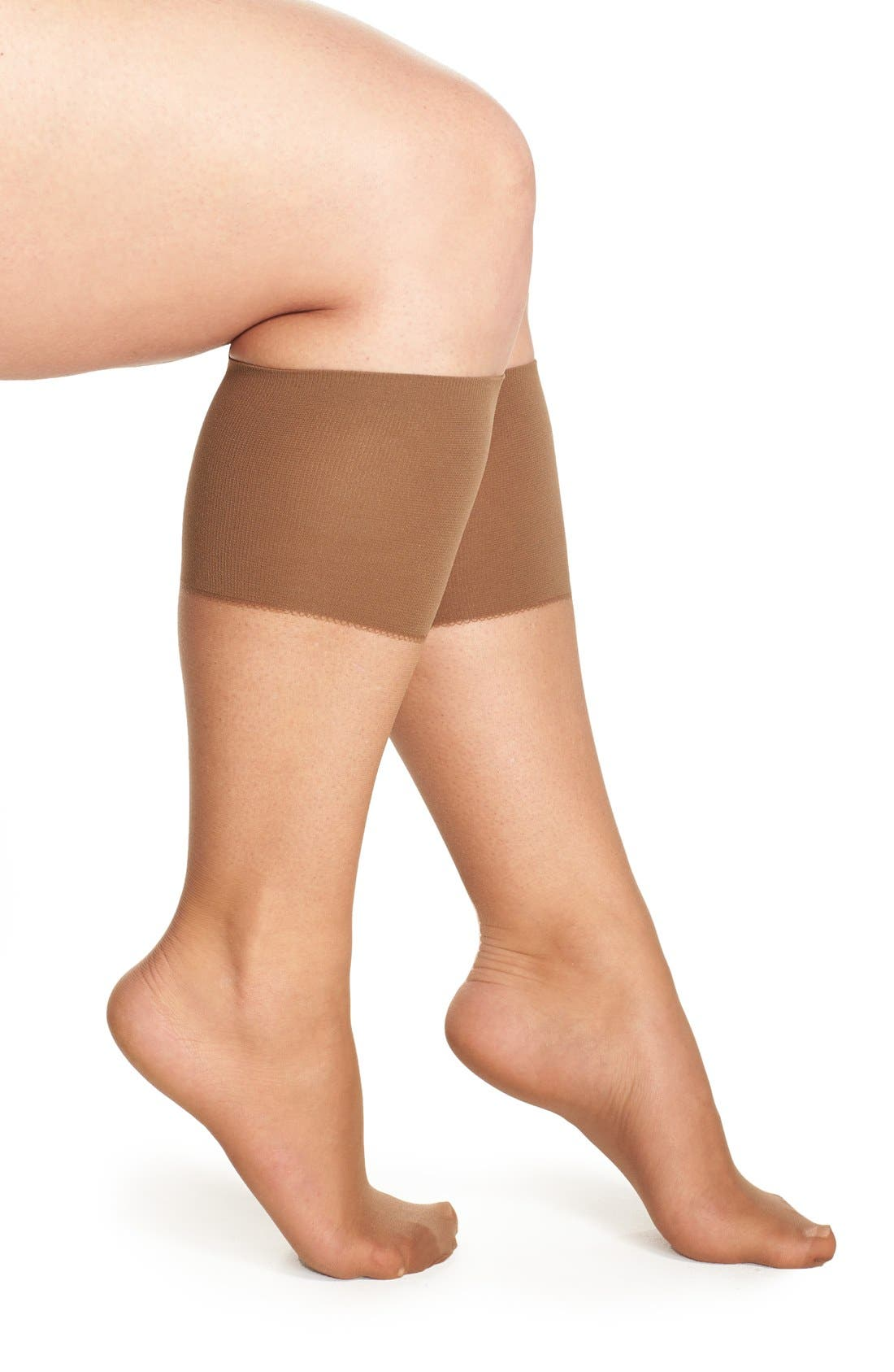 Main Image - Berkshire Sheer Knee Highs (Plus Size)