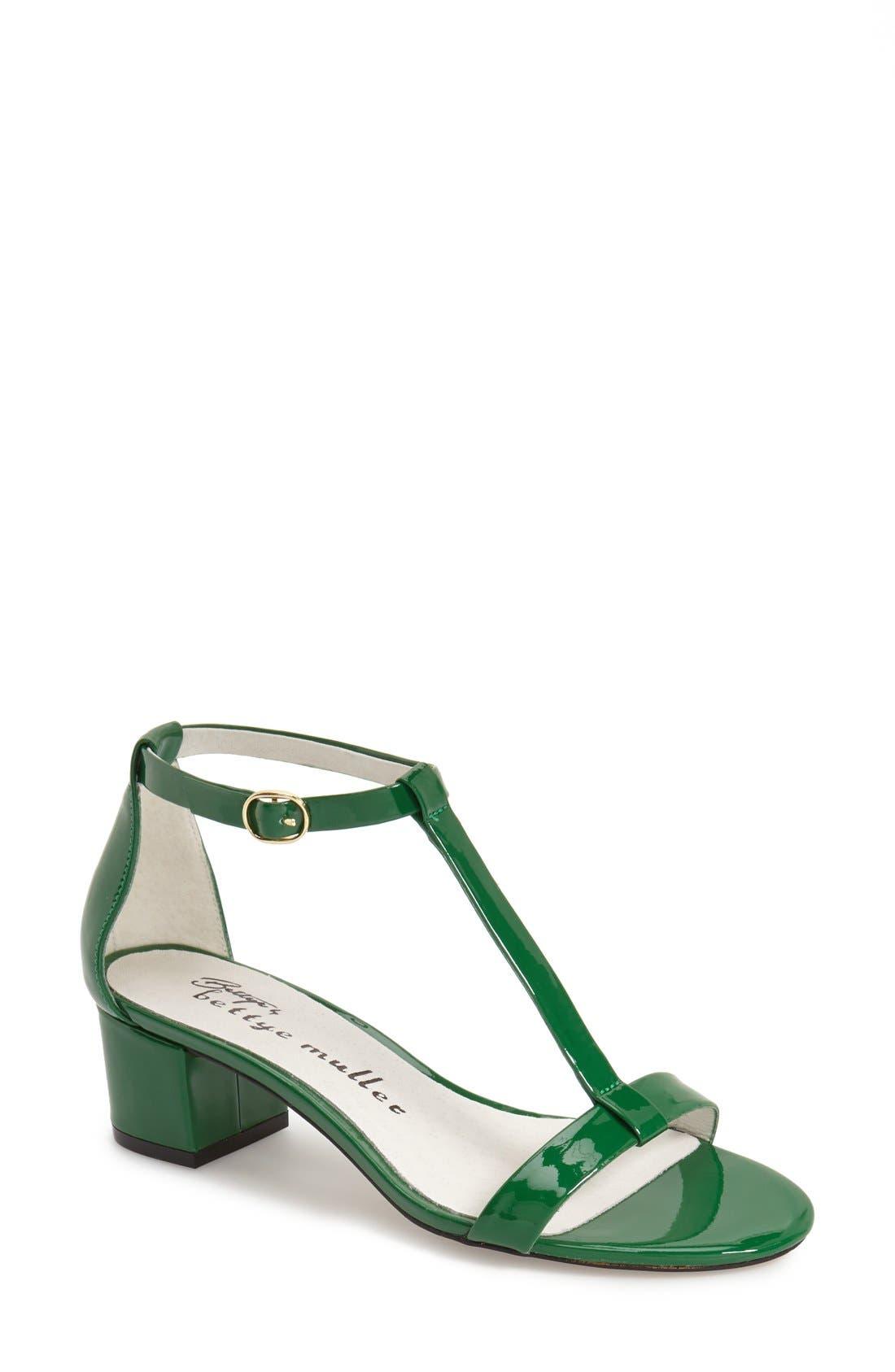 Main Image - Bettye by Bettye Muller 'Boutique' Sandal (Women)
