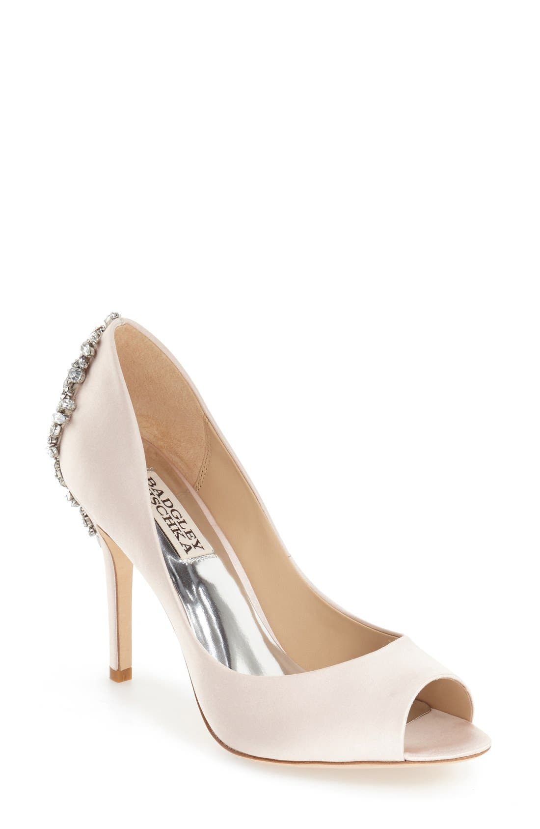Main Image - Badgley Mischka 'Nilla' Peep Toe Pump (Women)
