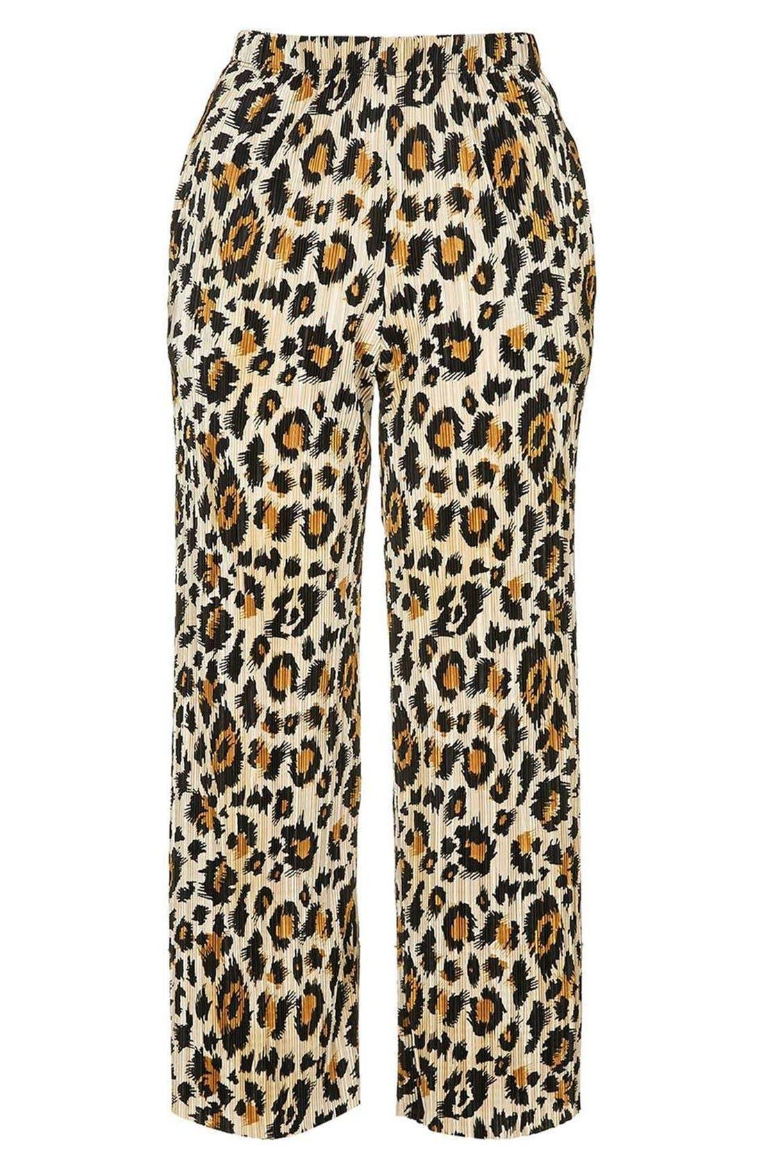Alternate Image 4  - Topshop Plissé Pleat Crop Trousers