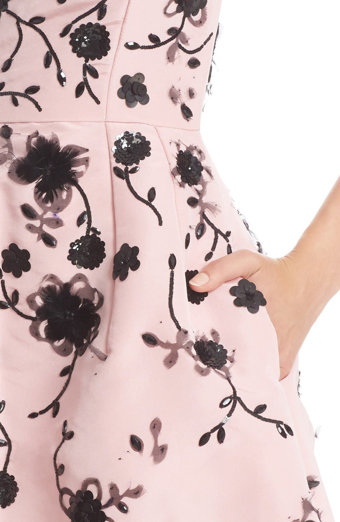 Alternate Image 6  - Oscar de la Renta Floral Embroidered Silk Cocktail Dress
