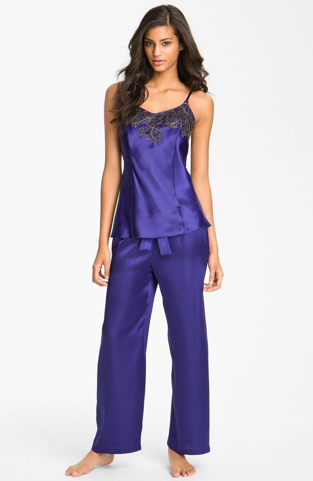 Main Image - Oscar de la Renta Sleepwear 'Twilight Lace' Pajamas