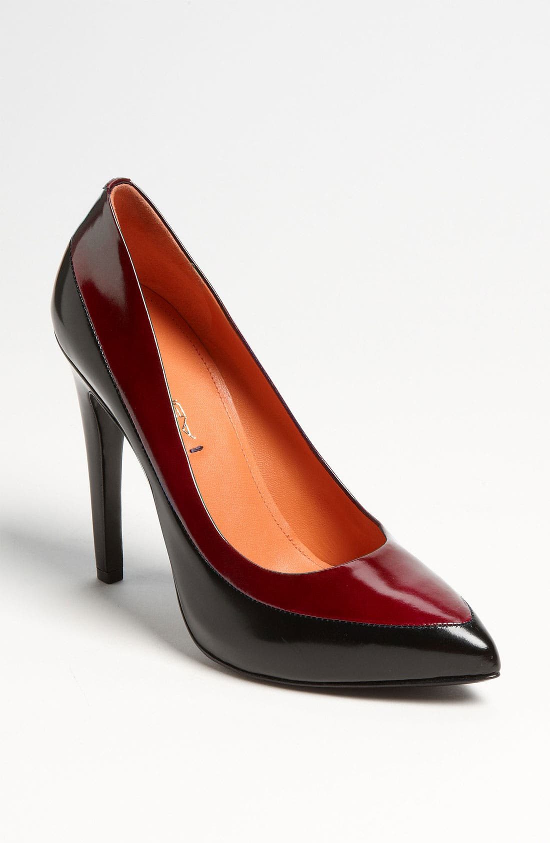 Alternate Image 1 Selected - Via Spiga 'Yardley' Pump (Nordstrom Exclusive)