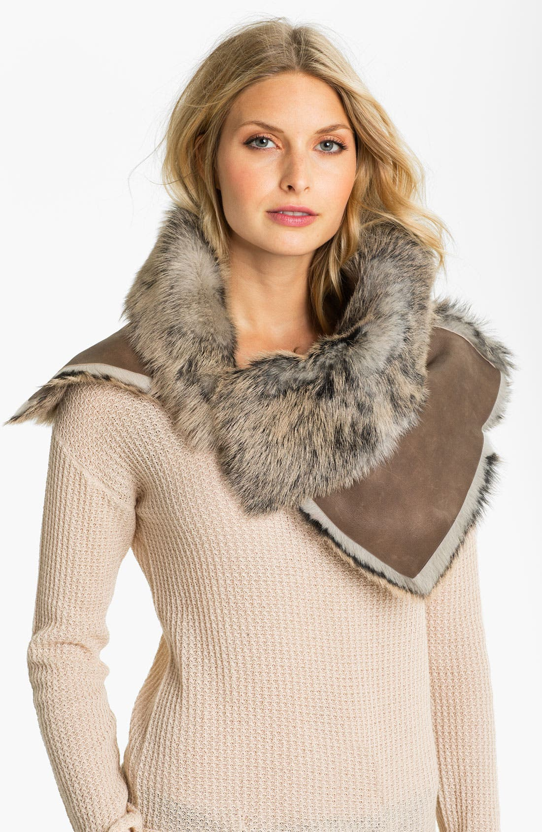 Main Image - UGG® Australia 'Foxley' Shearling Collar Scarf
