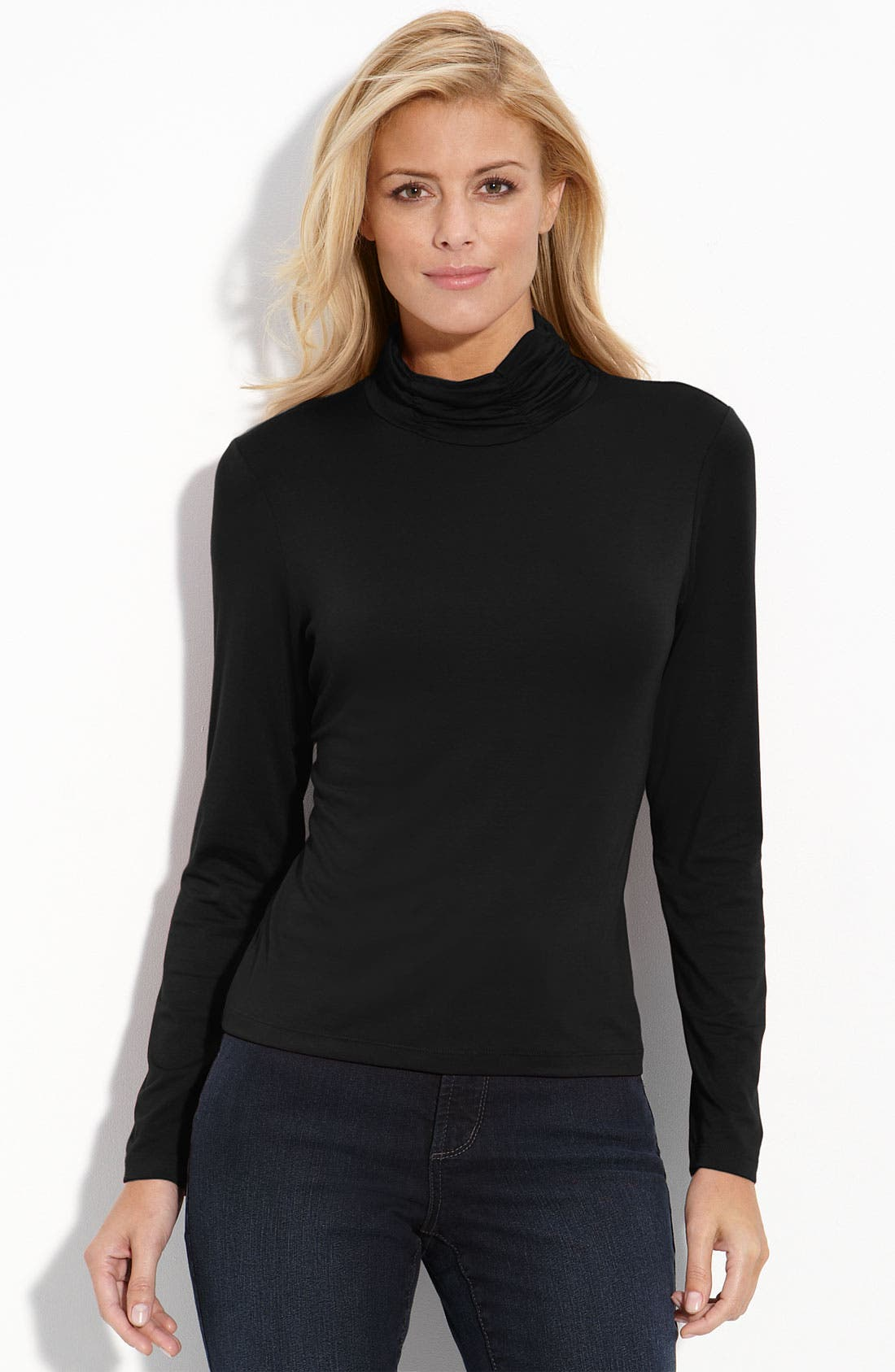 Main Image - Leo & Nicole Ruched Neck Top (Petite)