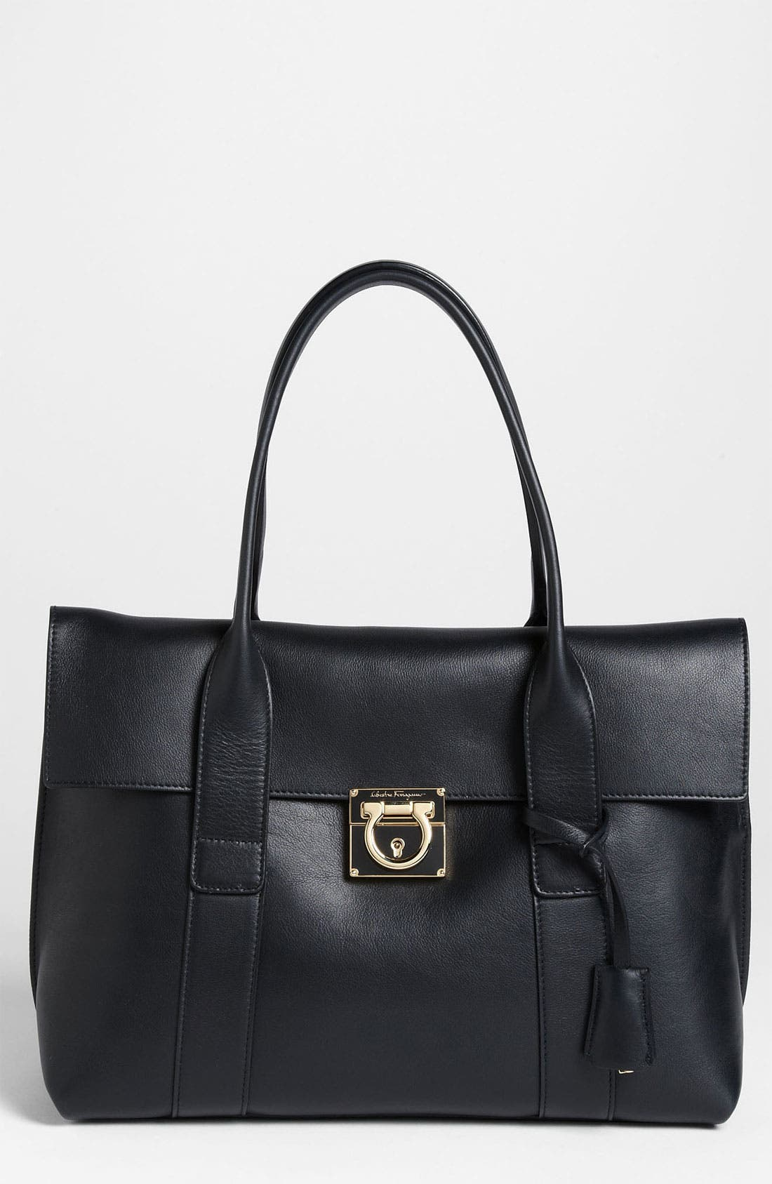 Main Image - Salvatore Ferragamo 'Medium Sookie' Leather Satchel