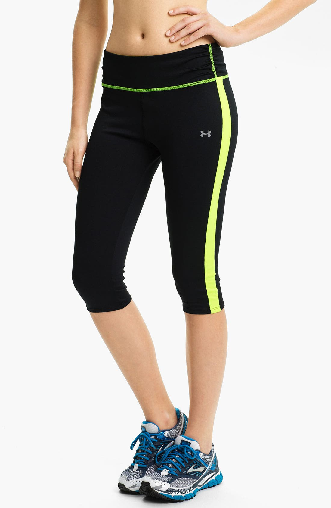 Alternate Image 1 Selected - Under Armour 'Escape' Capris