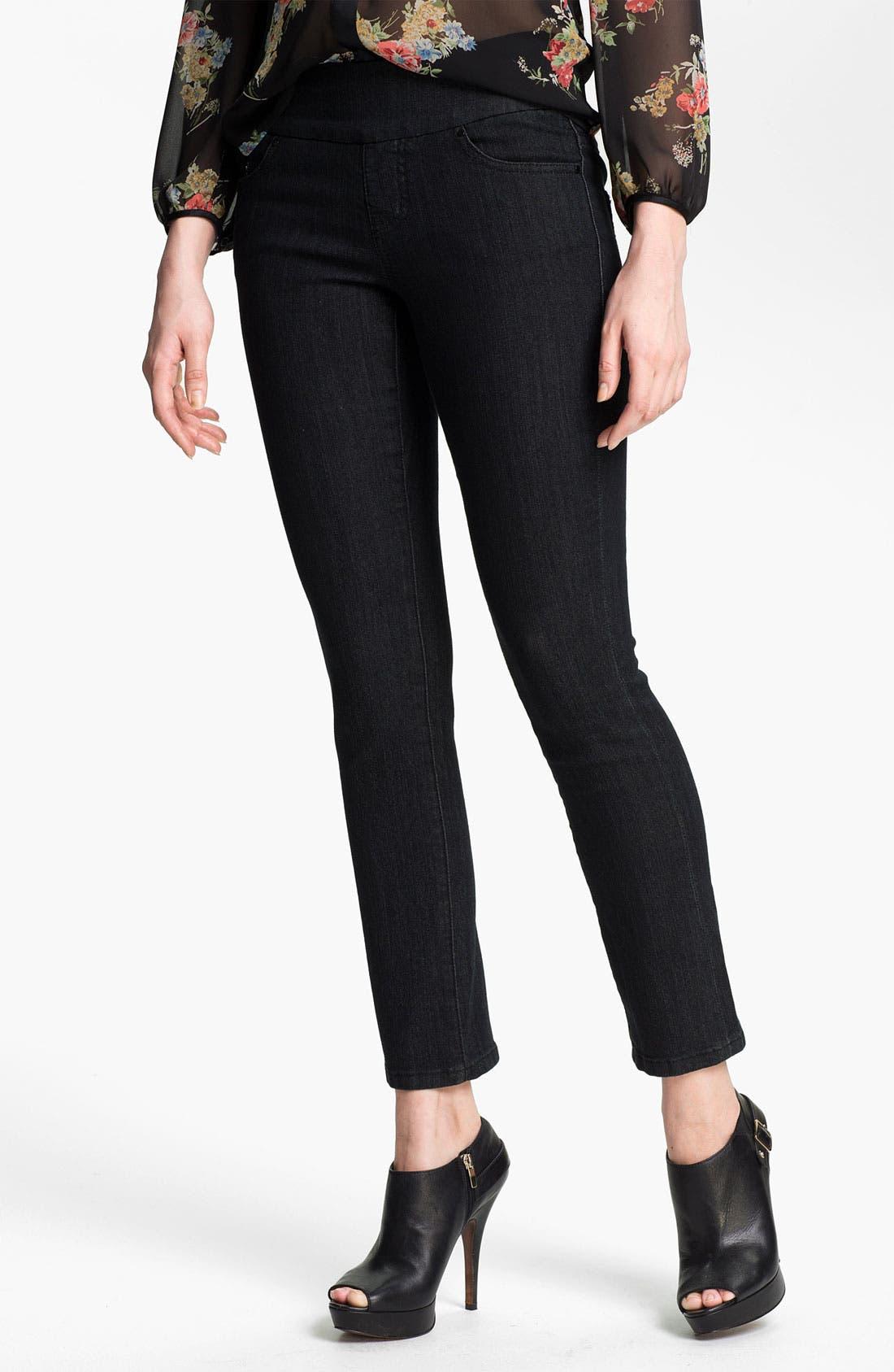 Alternate Image 1 Selected - Jag Jeans 'Tatum' Pull On Straight Leg Jeans (Petite)