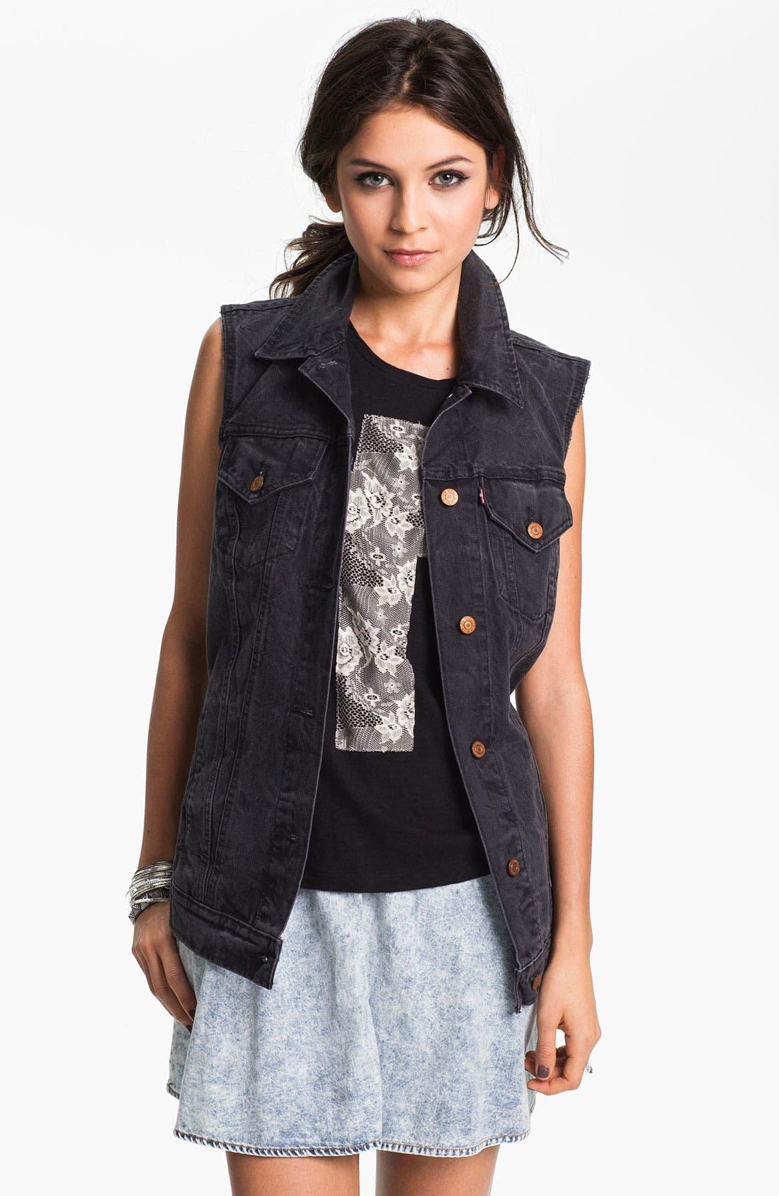 Alternate Image 1 Selected - Levi's® Cutoff Denim Vest