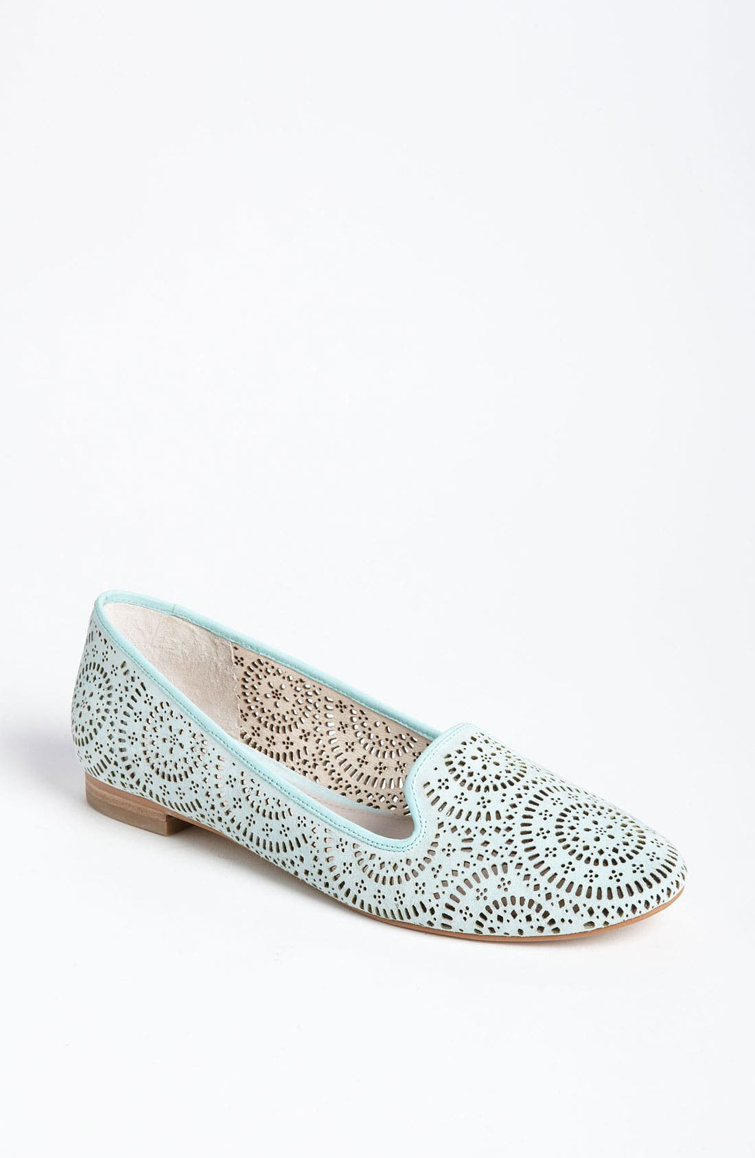 Alternate Image 1 Selected - Vince Camuto 'Lancaster' Flat (Nordstrom Exclusive)