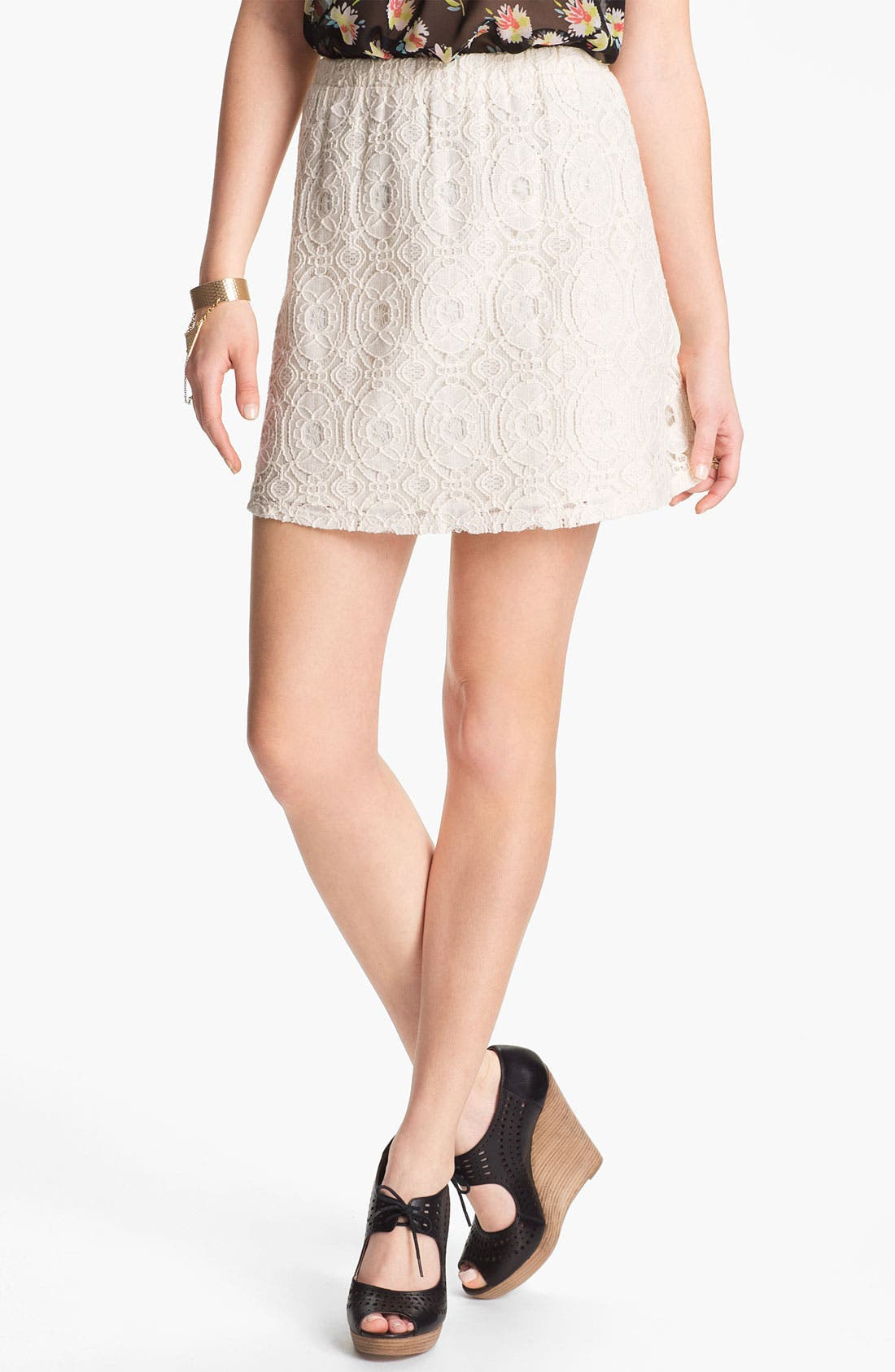 Main Image - Lily White Lace Skirt (Juniors)