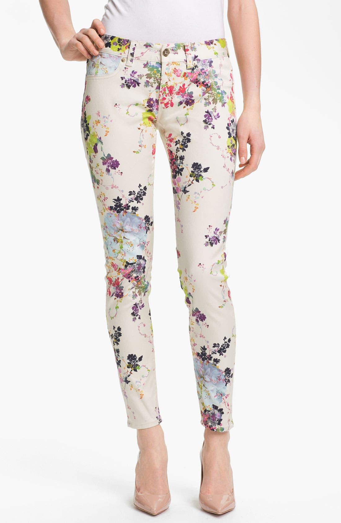 Main Image - Ted Baker London 'Summer Bloom' Print Skinny Stretch Crop Jeans (Cream)