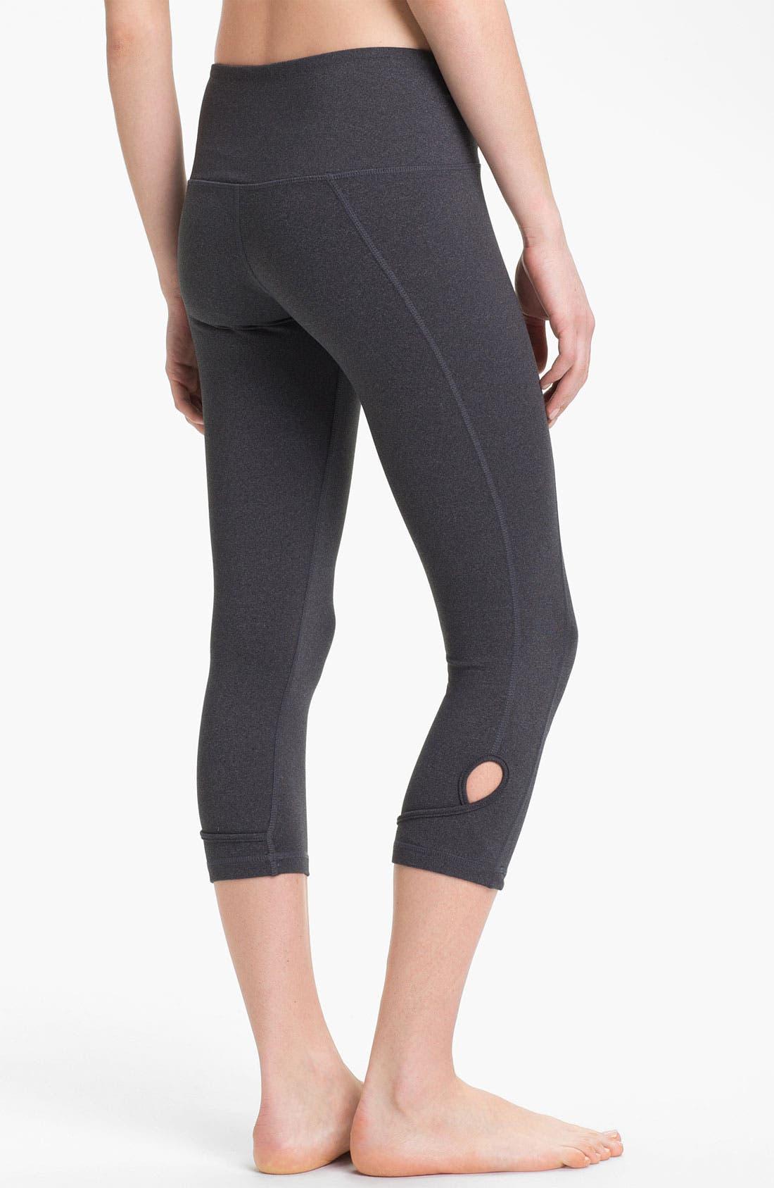 Alternate Image 1 Selected - Karma 'Clelia' Crop Capri Pants