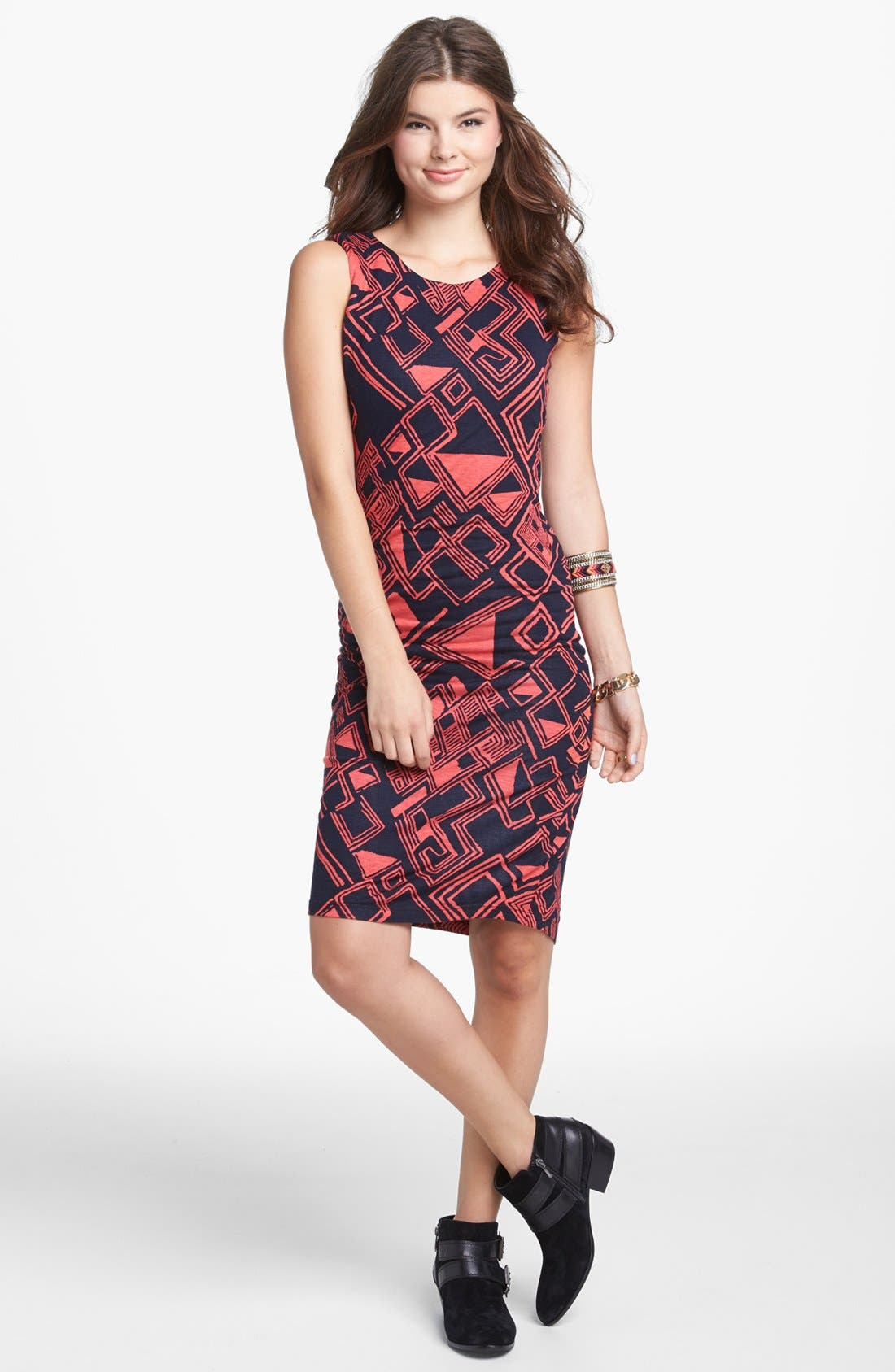 Main Image - Minty Geometric Print Body-Con Dress (Juniors) (Online Only)