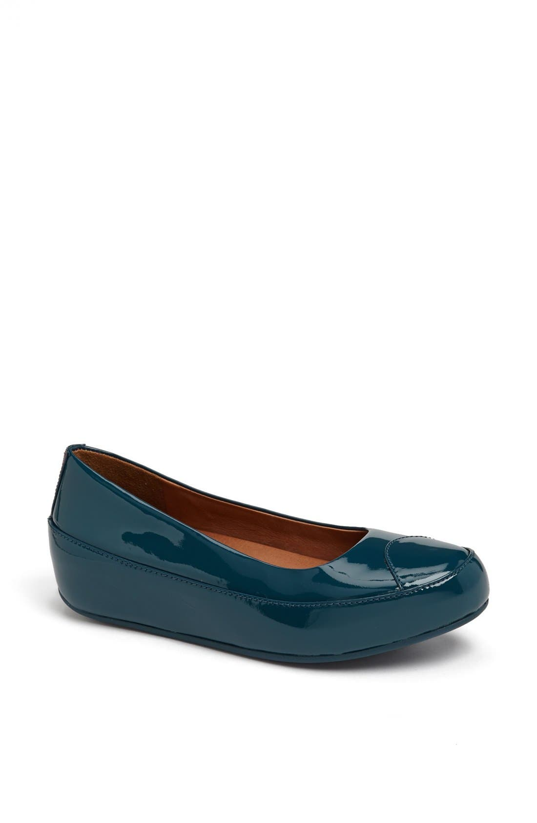 Alternate Image 1 Selected - FitFlop 'Dué™' Patent Flat