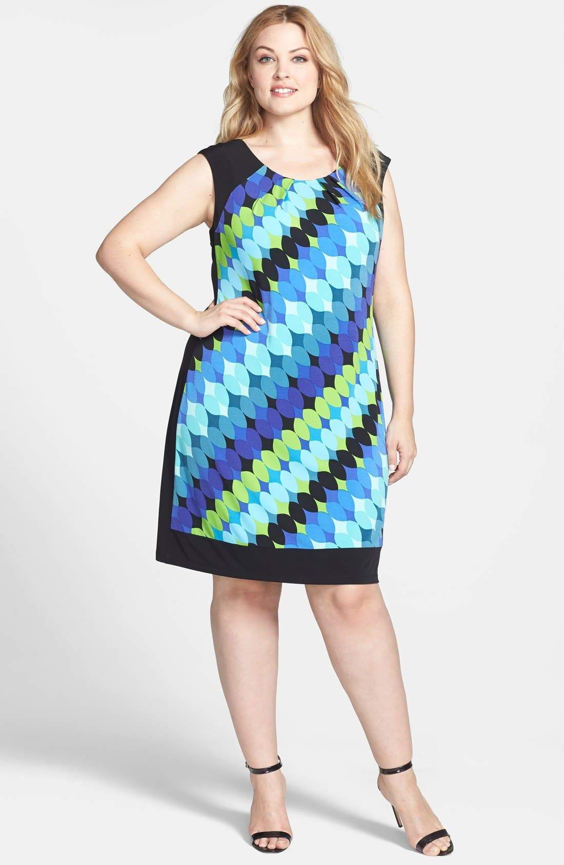 Main Image - London Times Print Shift Dress (Plus Size)
