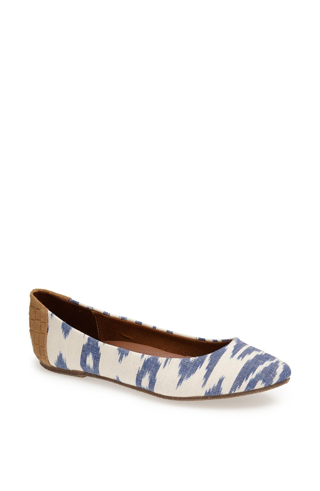 'Averlyn' Flat,                         Main,                         color, White/ Blue