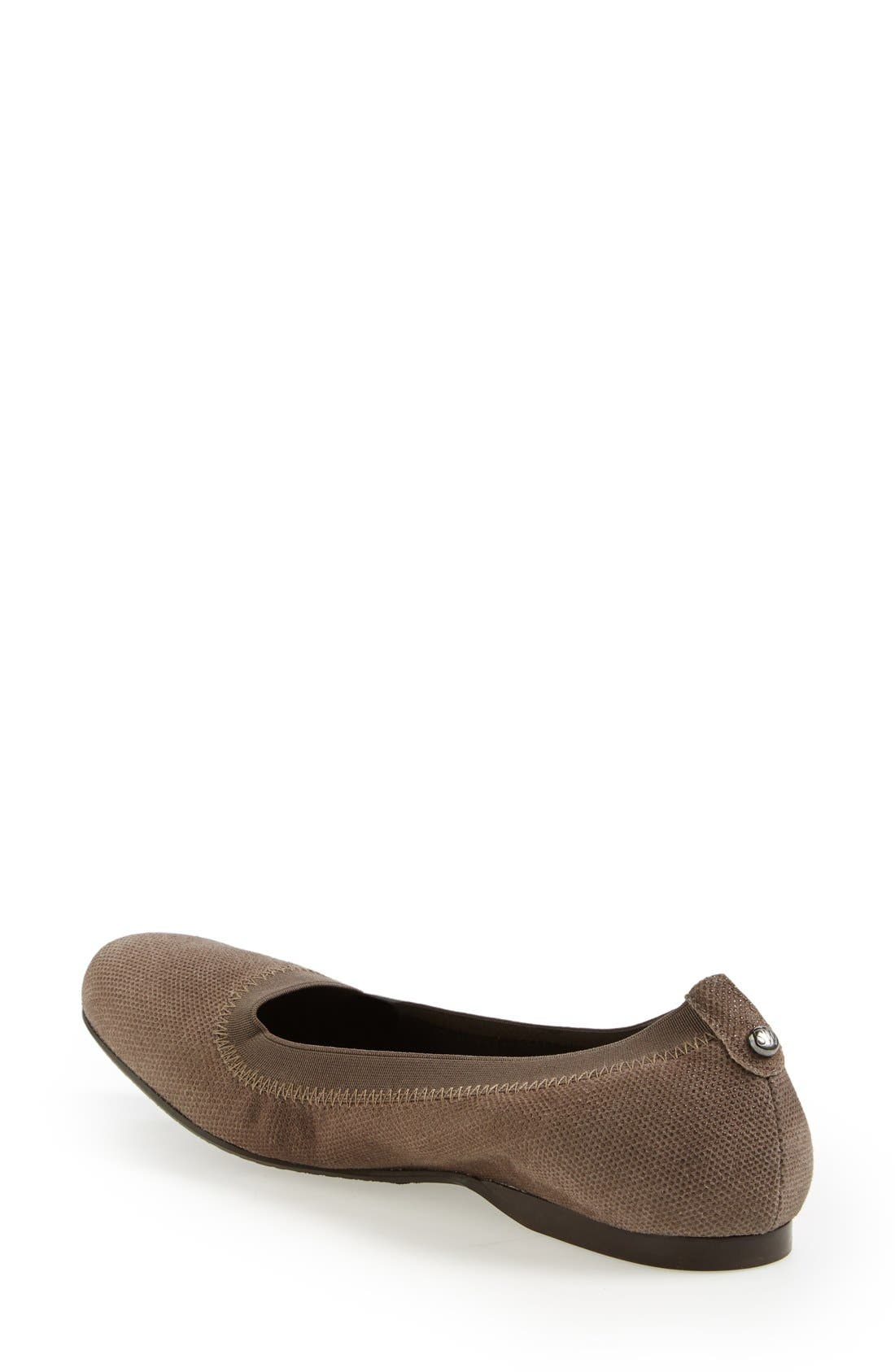 Alternate Image 2  - Stuart Weitzman 'Slipin' Flat (Nordstrom Exclusive) (Women)