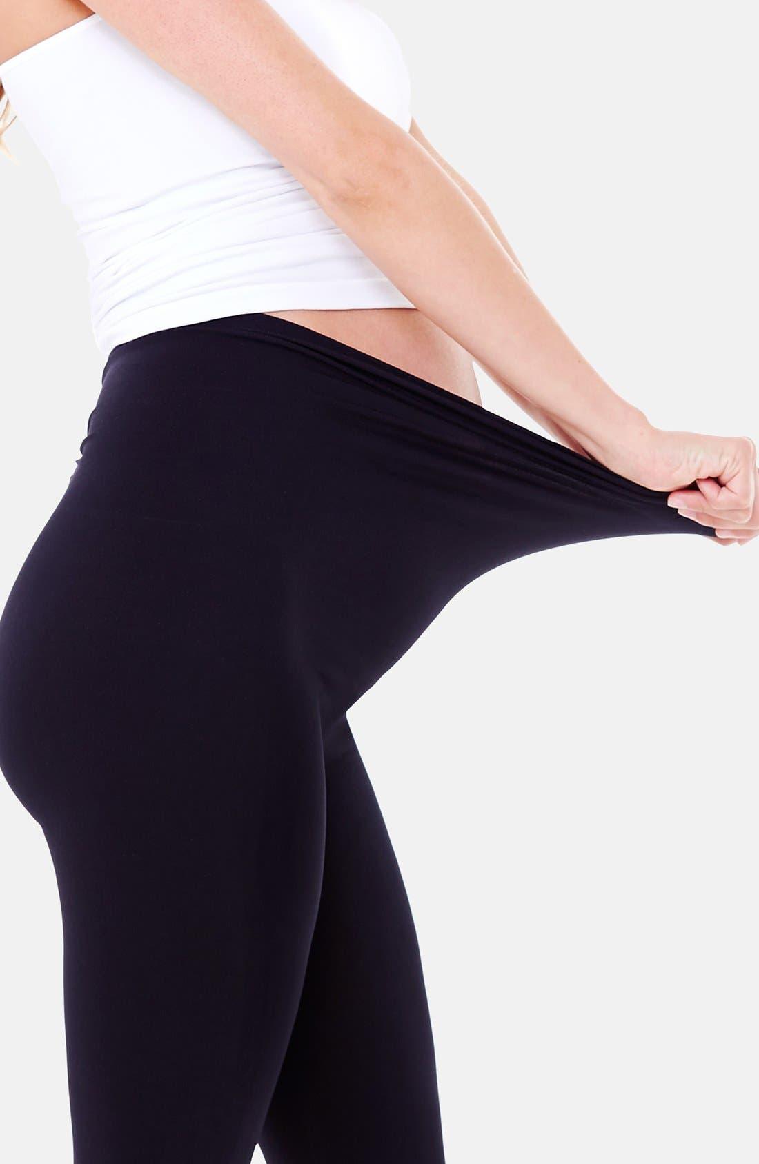 Alternate Image 4  - Ingrid & Isabel® Seamless Maternity Capri Leggings