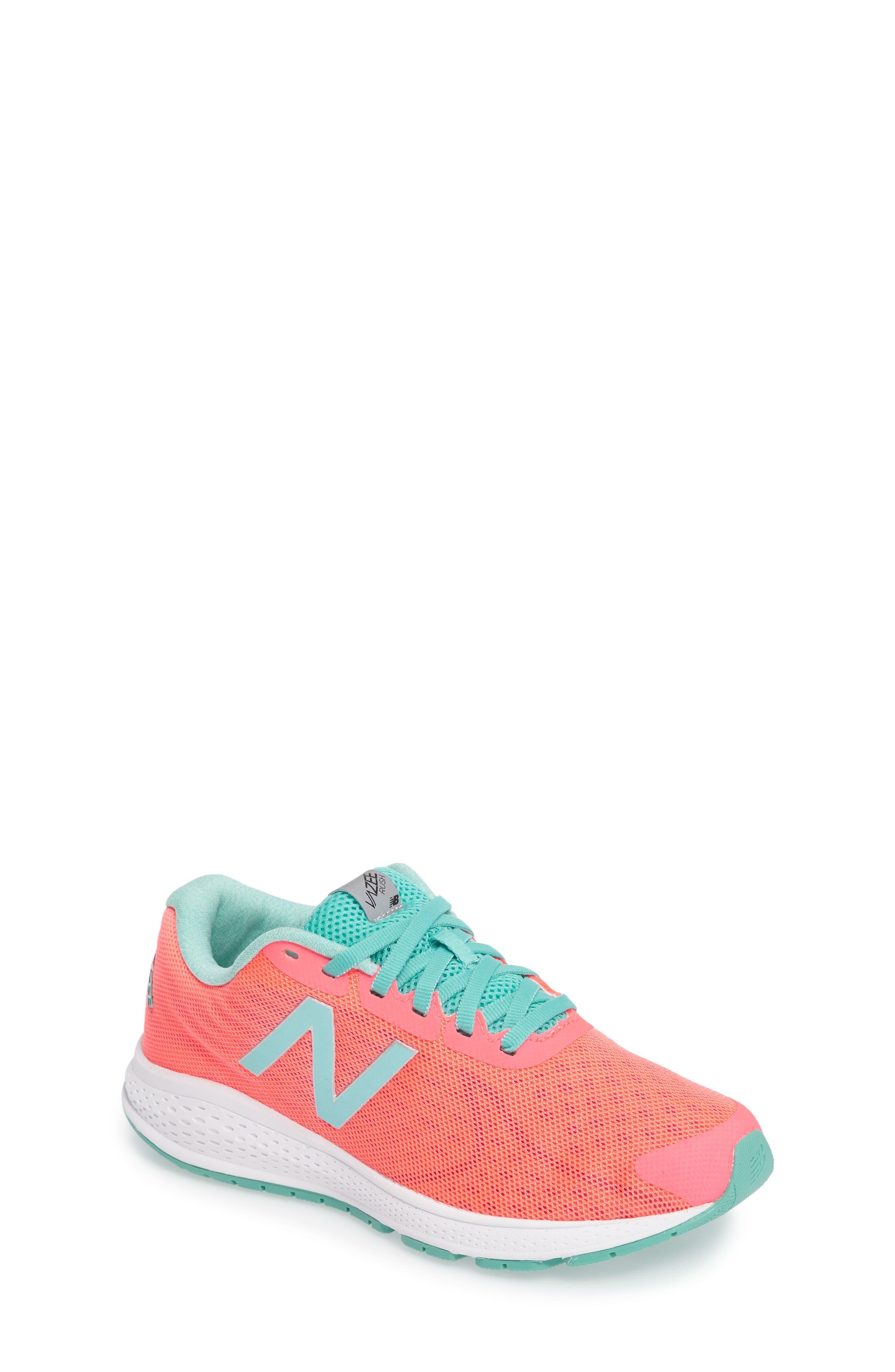 NEW BALANCE Vazee Rush Sneaker