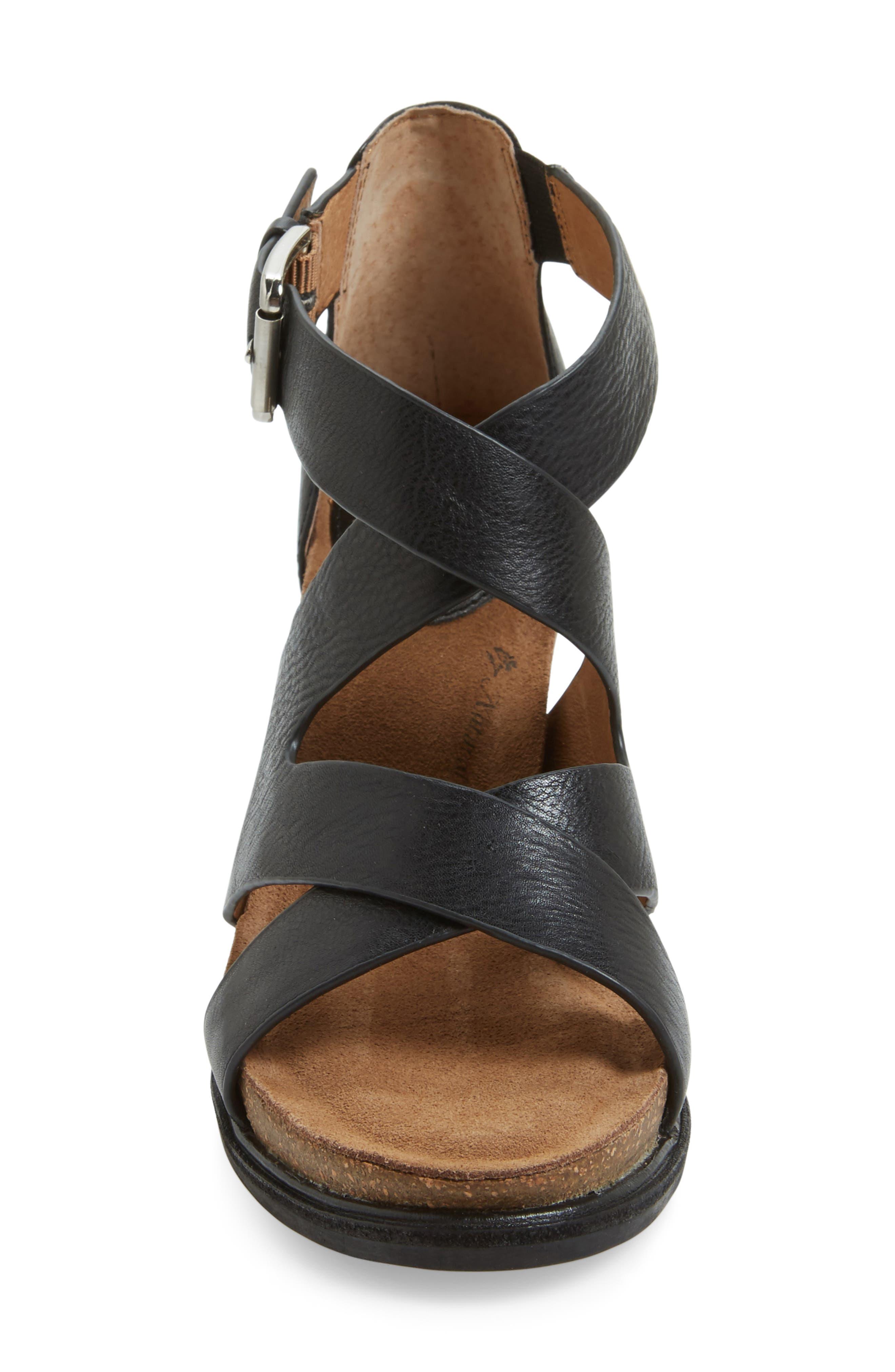 Canita Block Heel Sandal,                             Alternate thumbnail 3, color,                             Black Leather