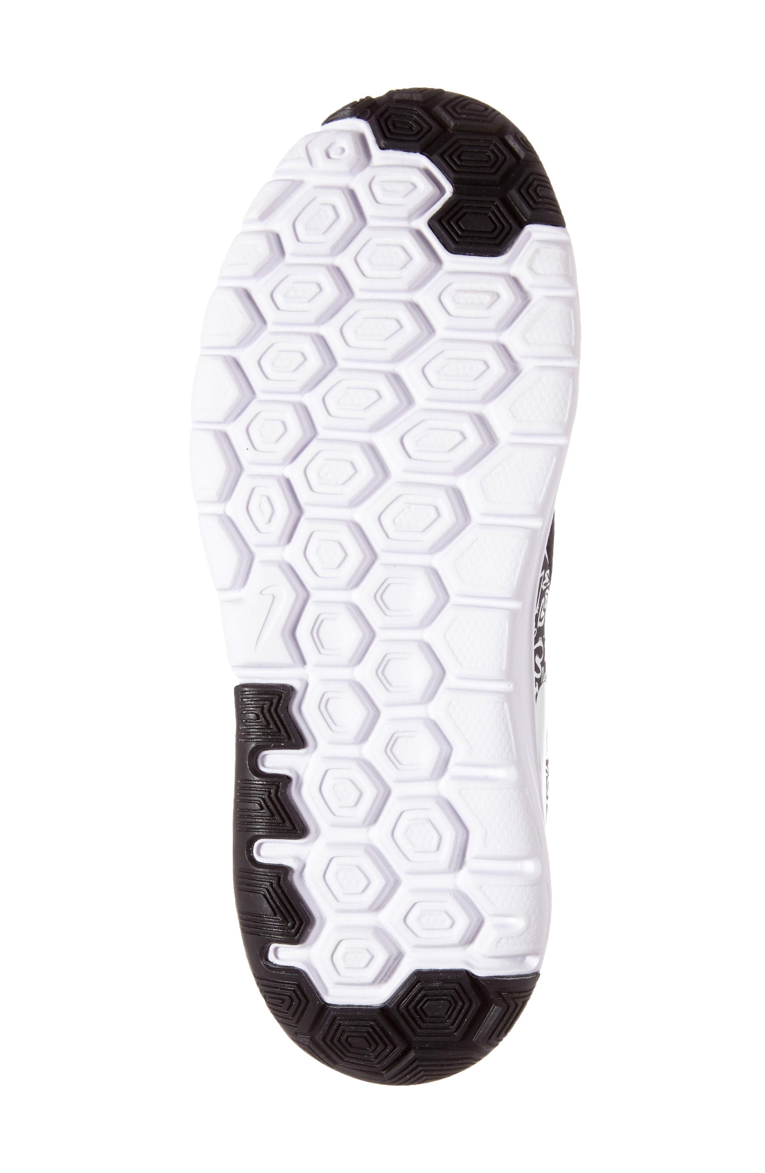 Alternate Image 4  - Nike 'Flex Experience 5' Running Shoe (Toddler & Little Kid)