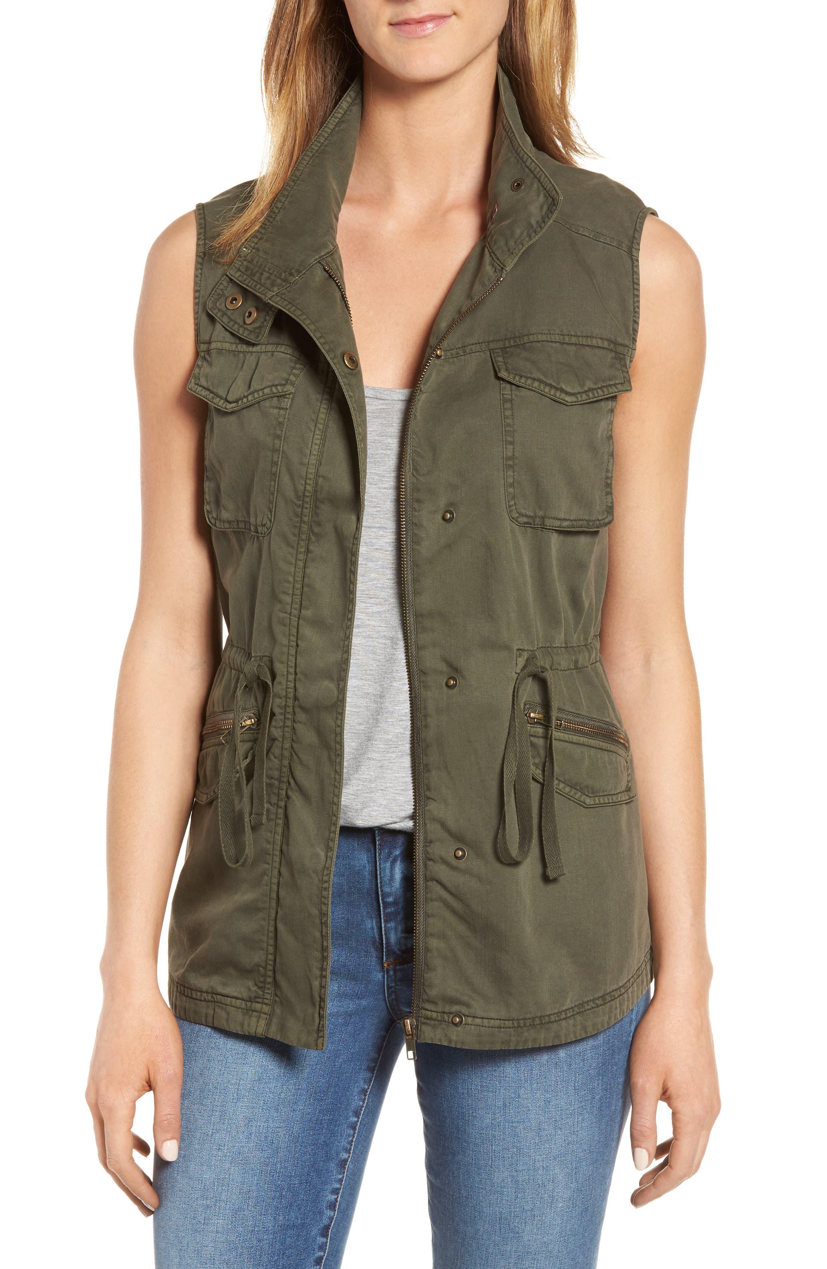 Alternate Image 1 Selected - Caslon® Utility Vest (Regular & Petite)