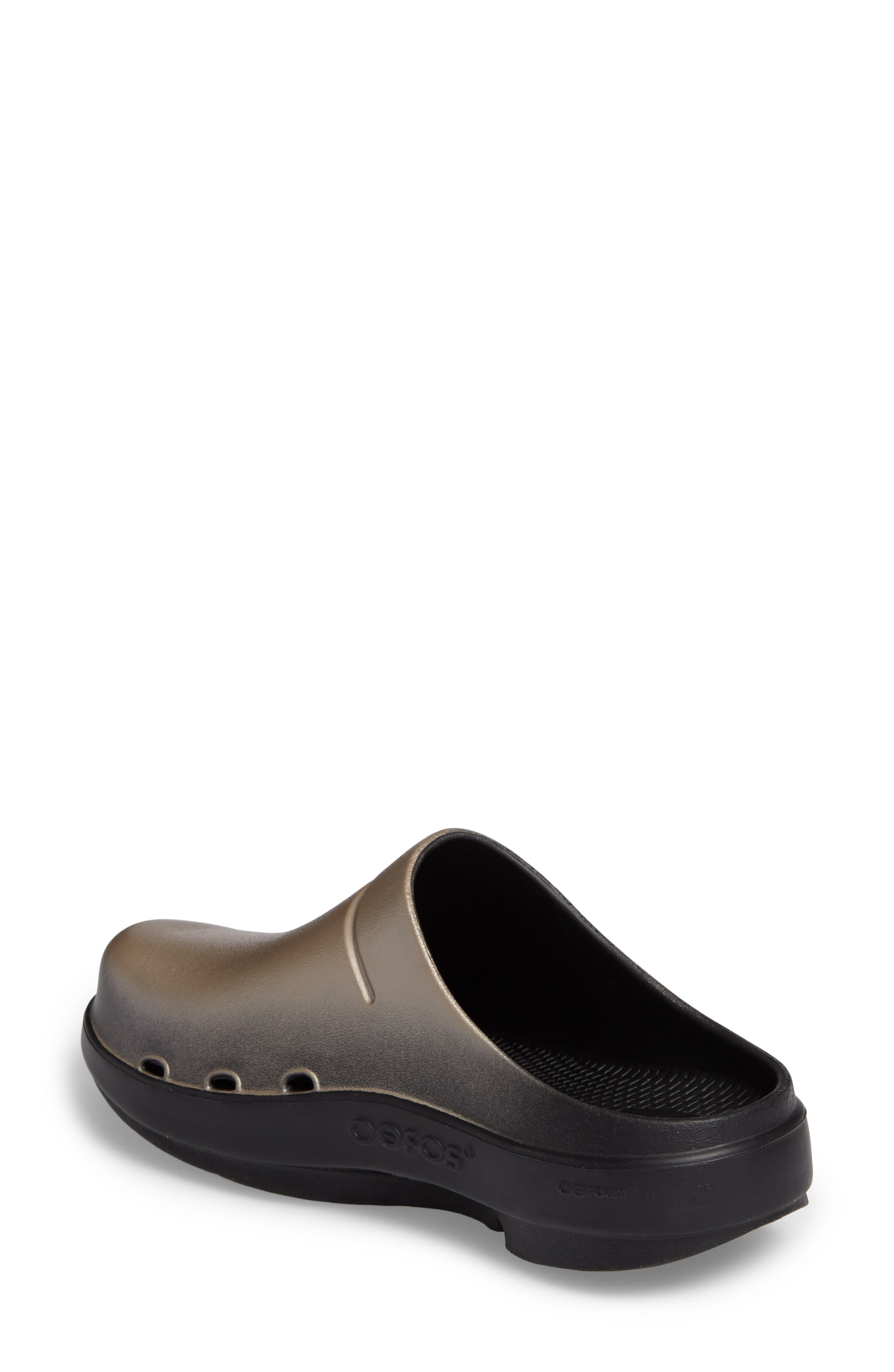 OOcloog Luxe Clog,                             Alternate thumbnail 2, color,                             Latte