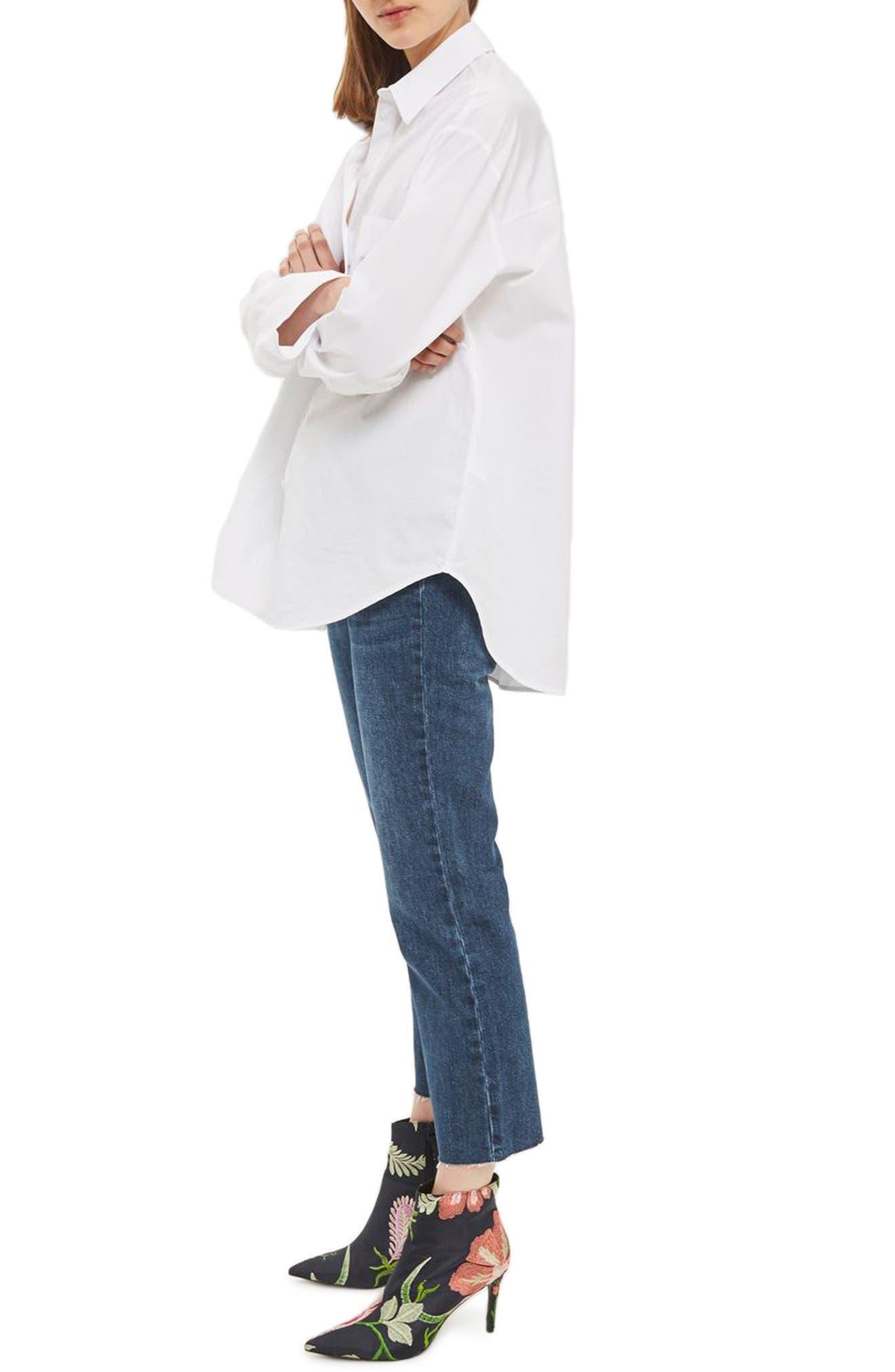 Main Image - Topshop Weekend Dree Crop Flare Jeans