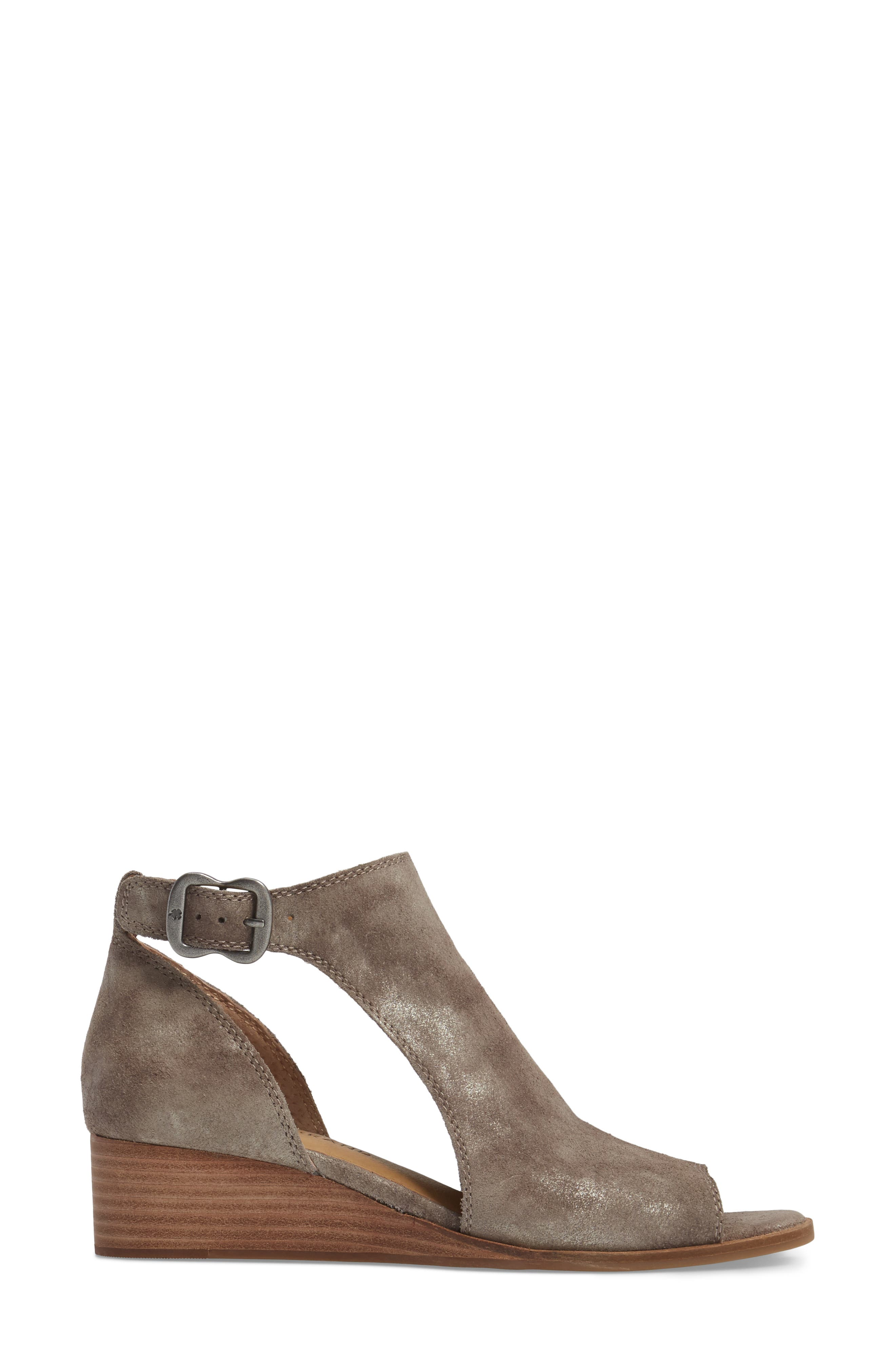 Alternate Image 2  - Lucky Brand Rixanne Cutout Bootie (Women)