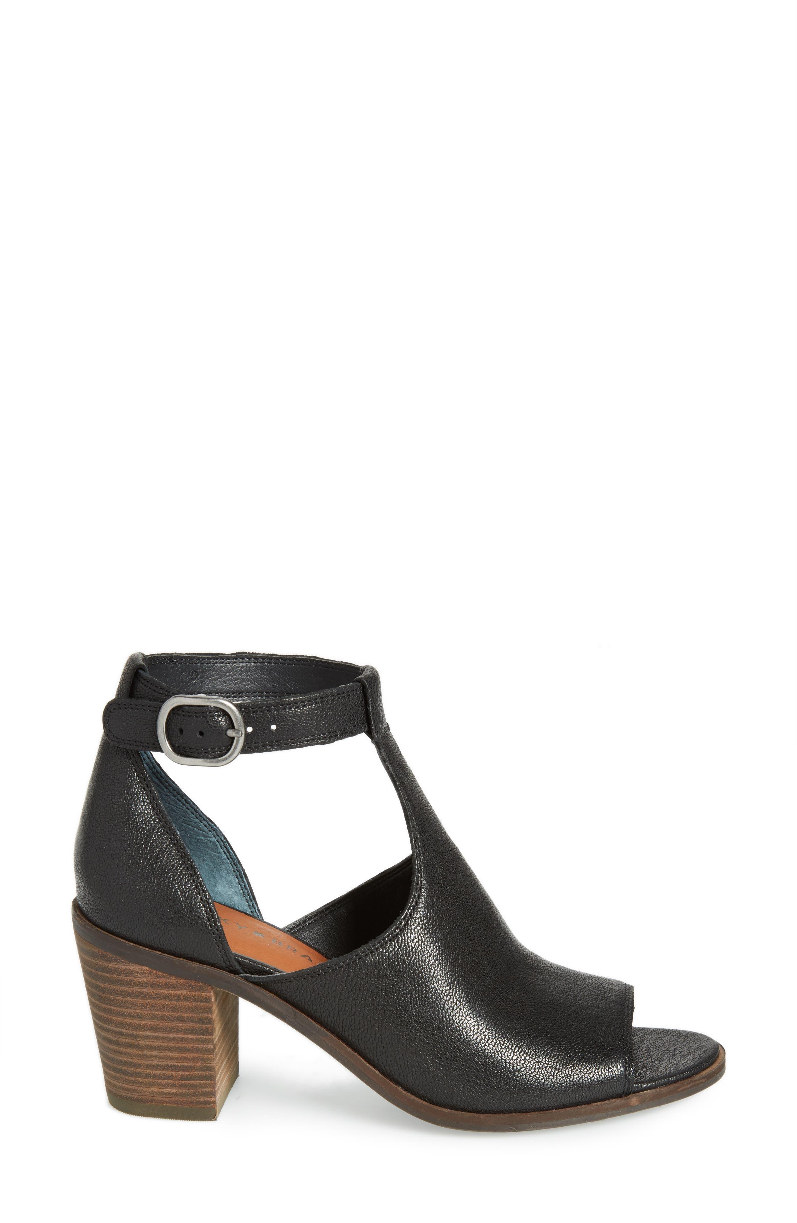 Kadian Block Heel Sandal,                             Alternate thumbnail 3, color,                             Black Leather