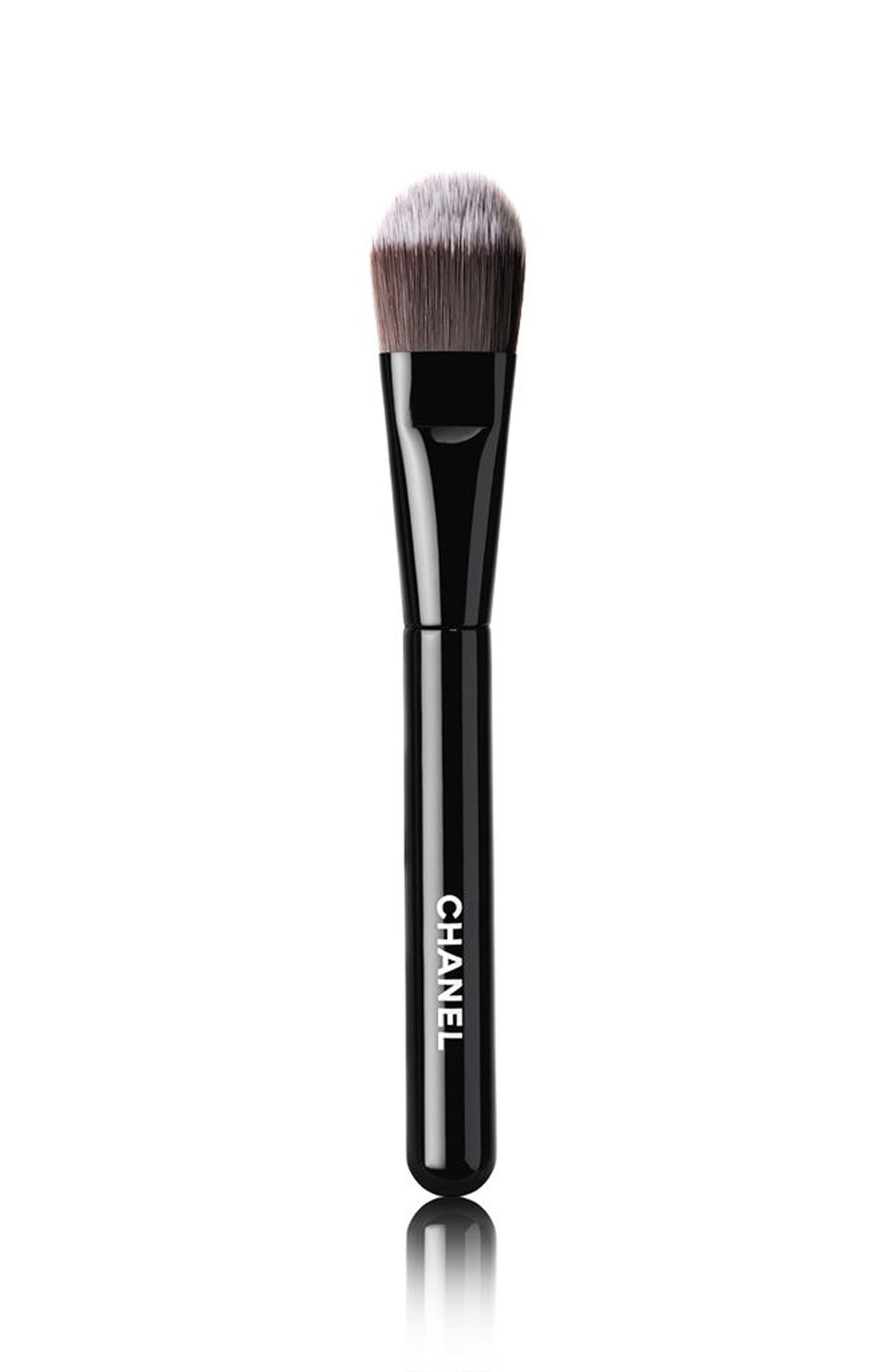 LES PINCEAUX DE CHANEL<br />Foundation Brush,                             Main thumbnail 1, color,                             No Color