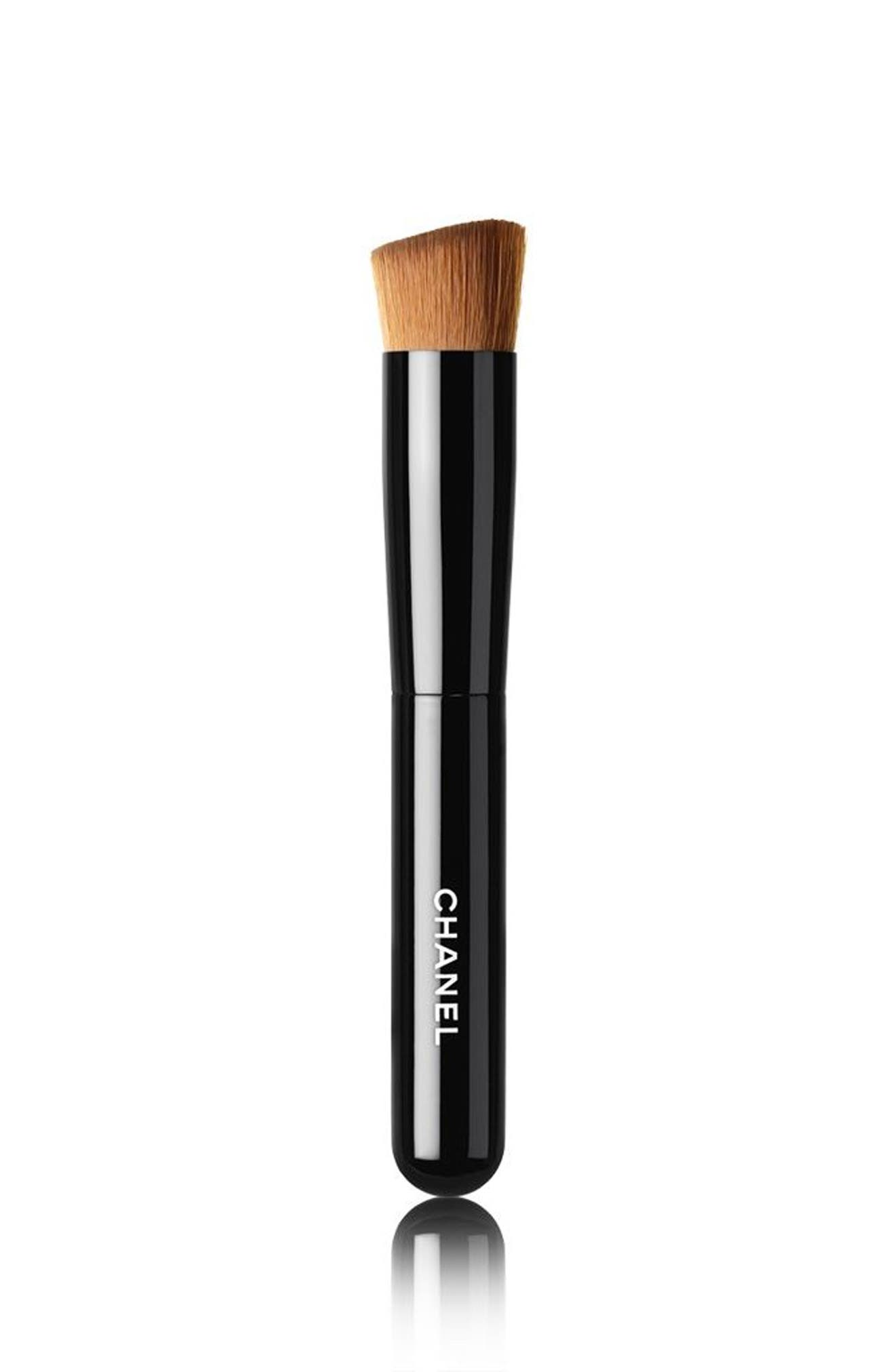 Alternate Image 1 Selected - CHANEL LES PINCEAUX DE CHANEL  2-in-1 Foundation Brush