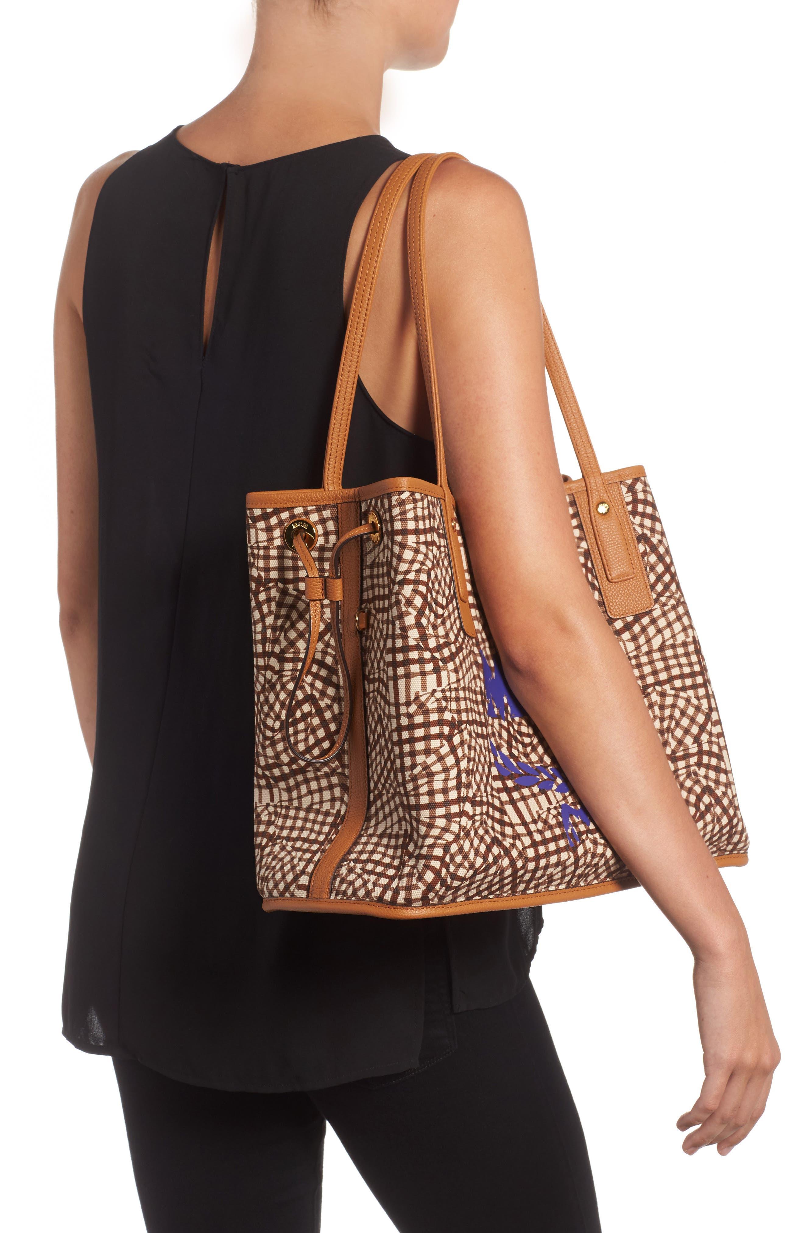 Alternate Image 2  - MCM Medium Liz Reversible Visetos Leather Shopper