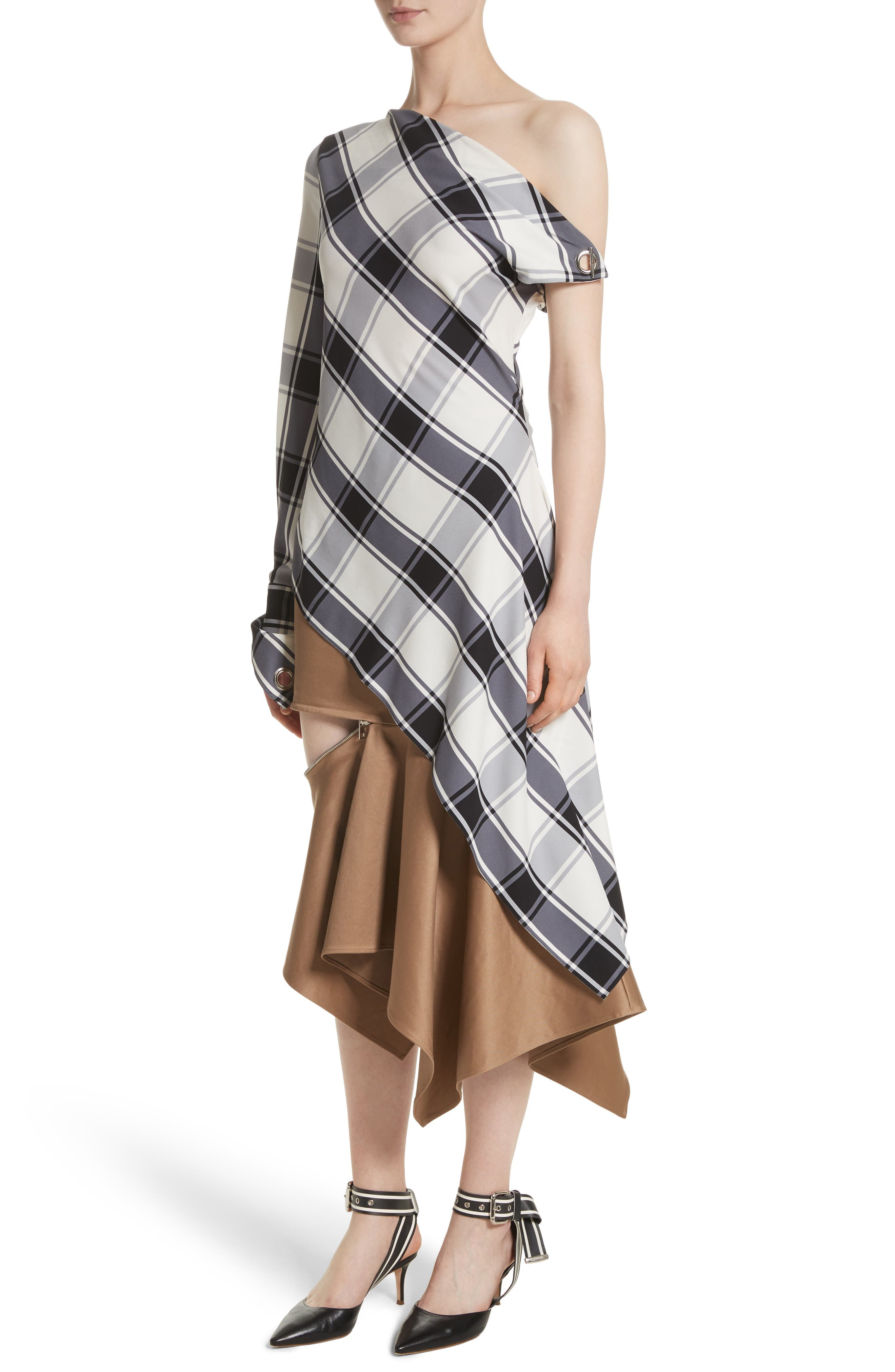 Main Image - MONSE Plaid Stretch Silk One-Shoulder Top