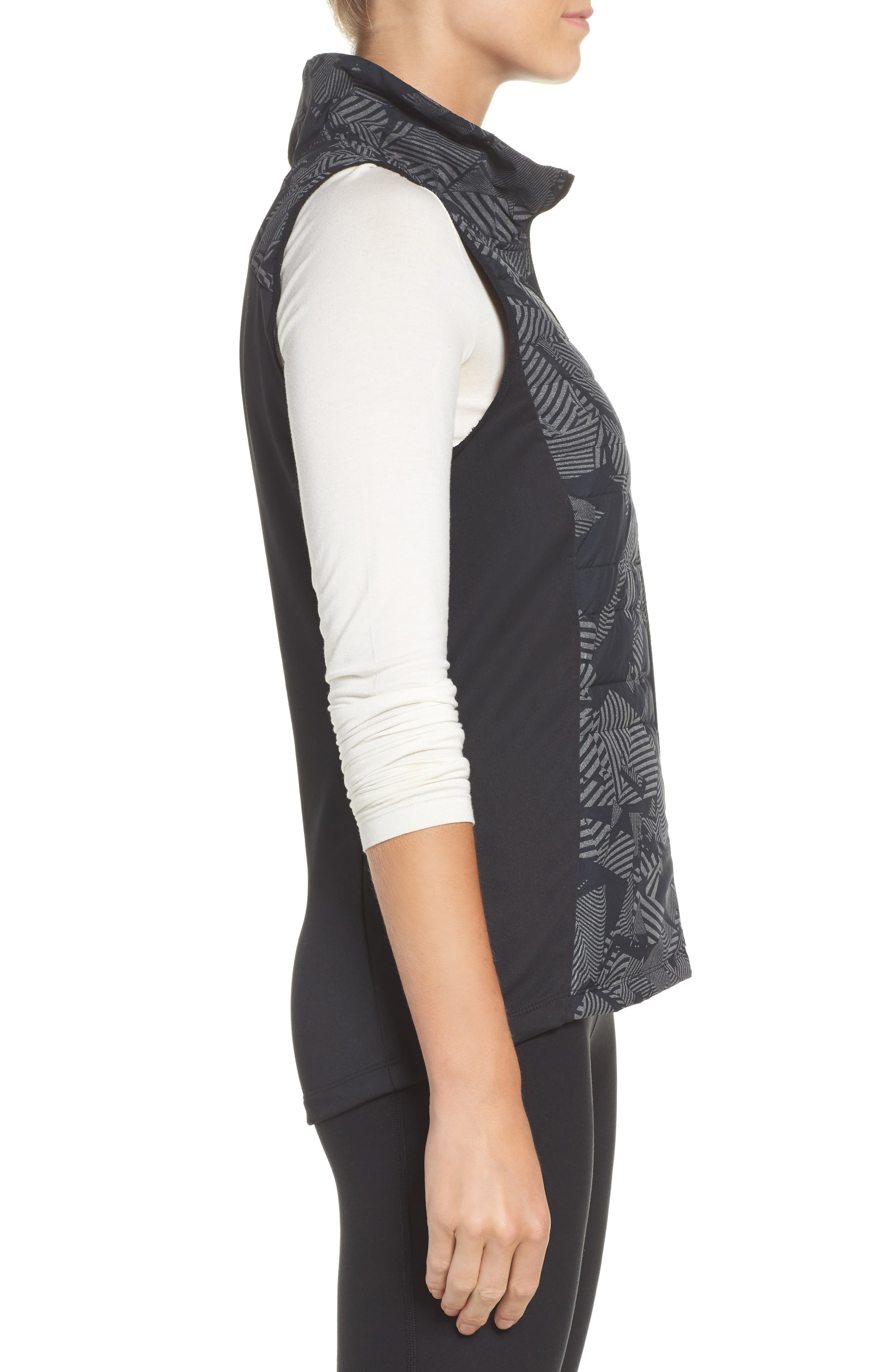 Alternate Image 4  - Nike Essential Flash Running Vest