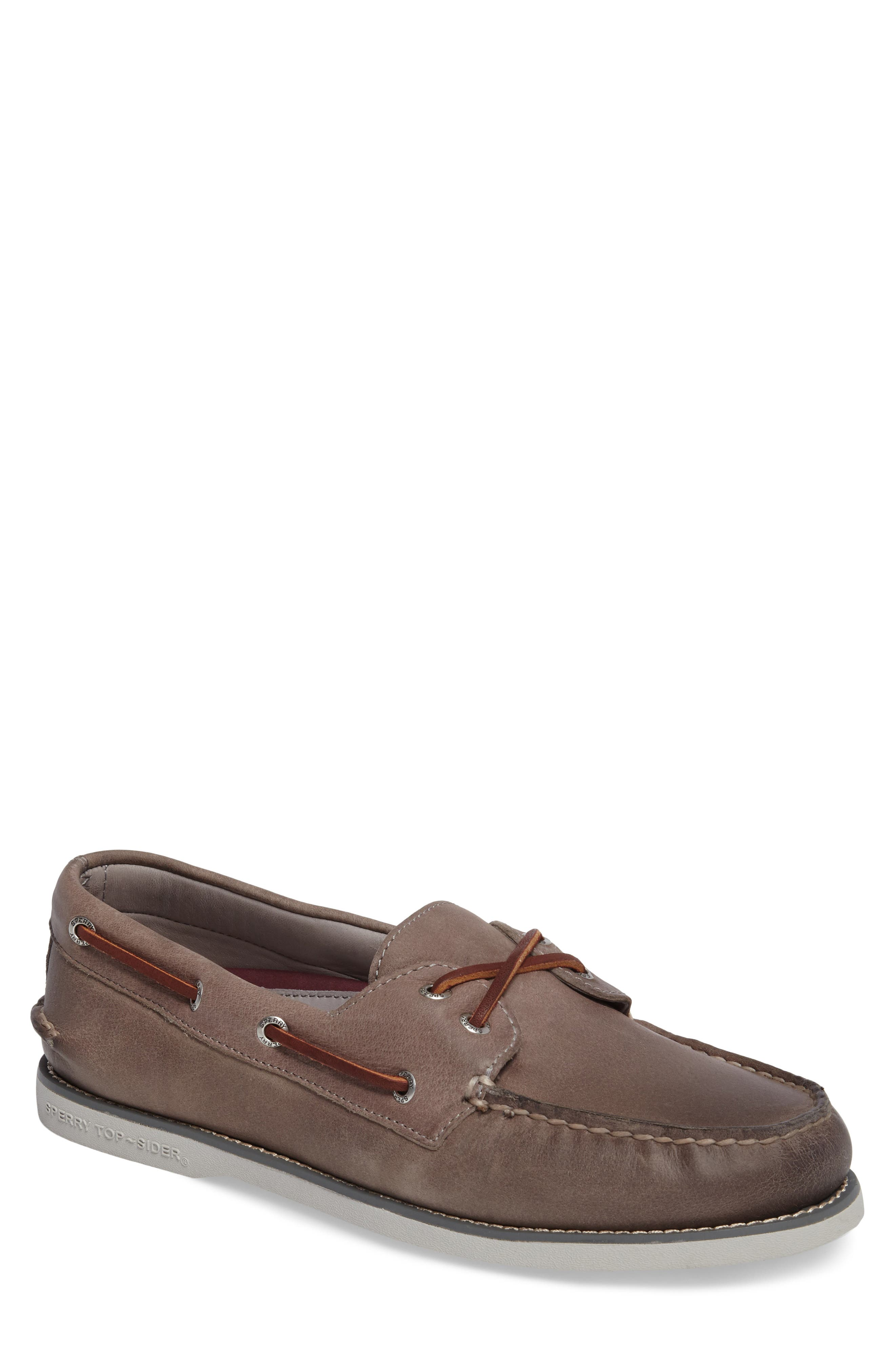 Alternate Image 1 Selected - Sperry 'Gold Cup - Authentic Original' Boat Shoe (Men)