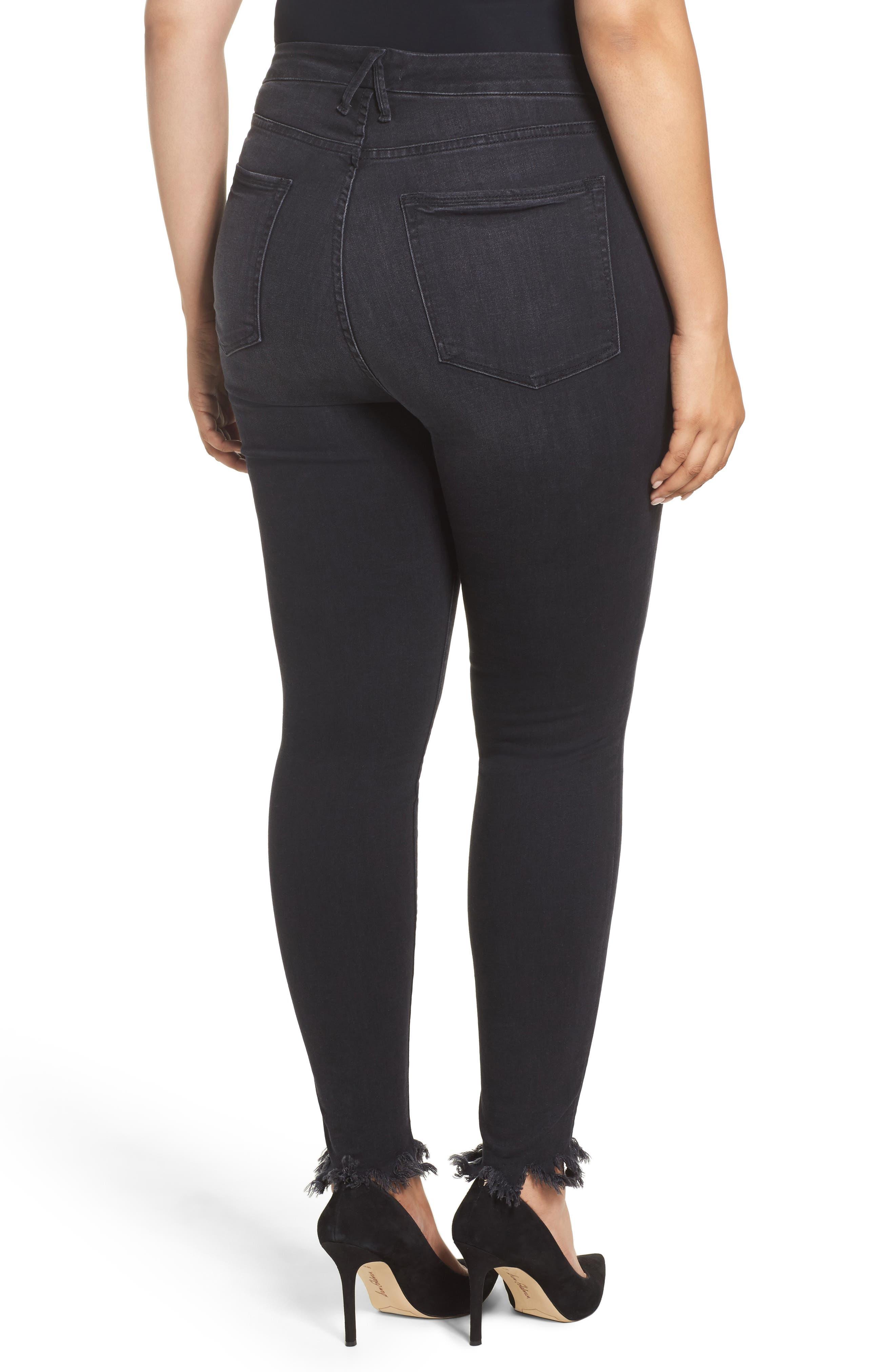 Alternate Image 5  - Good American Good Waist Fray Hem Skinny Jeans (Black 012) (Extended Sizes)