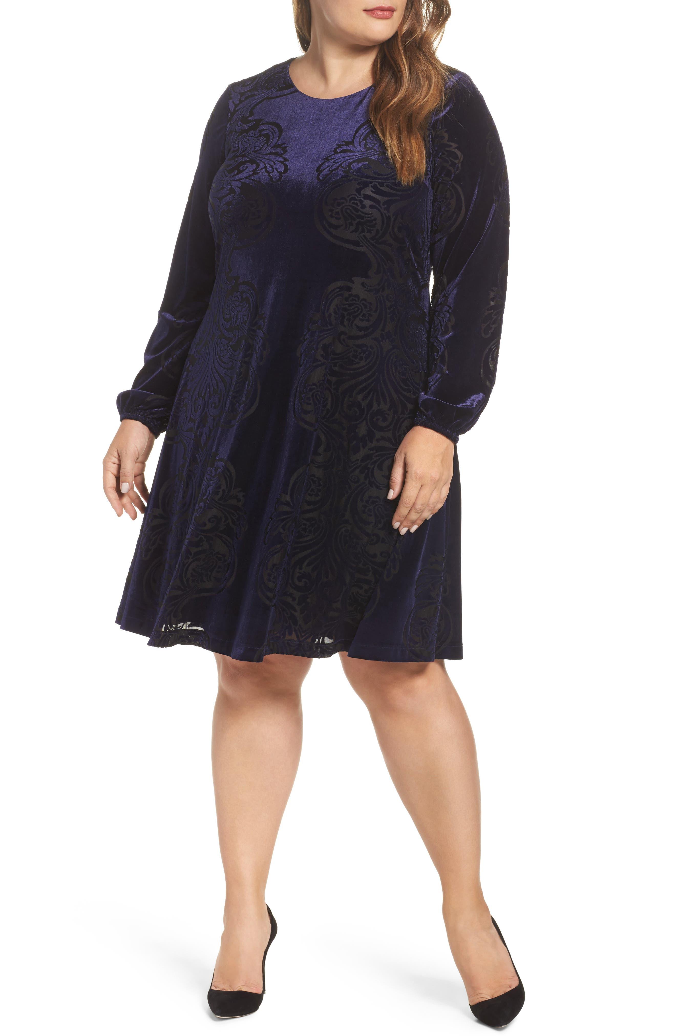 Main Image - Eliza J Burnout Velvet Shift Dress (Plus Szie)