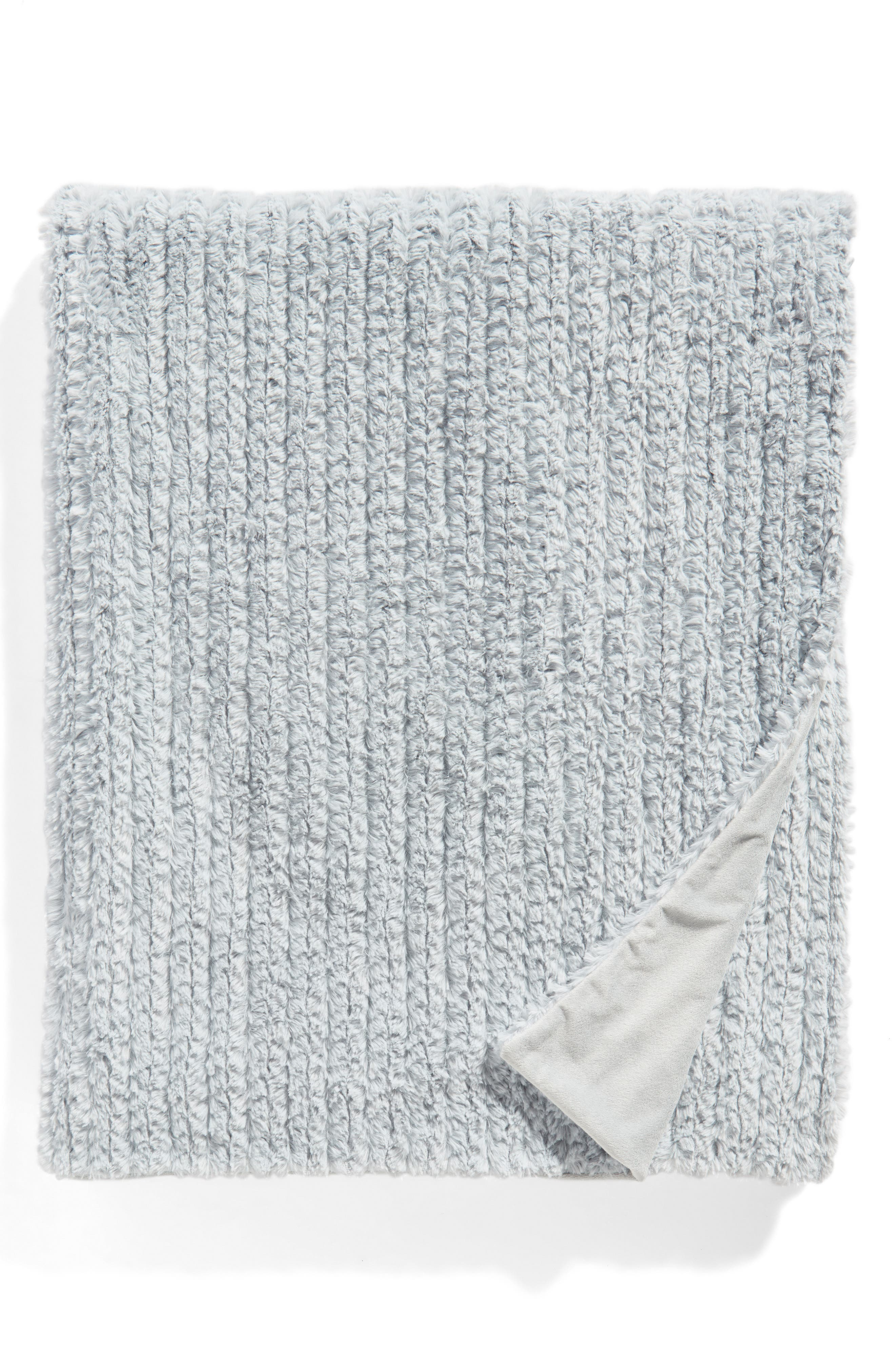 Nordstrom Cozy Plush Faux Fur Blanket