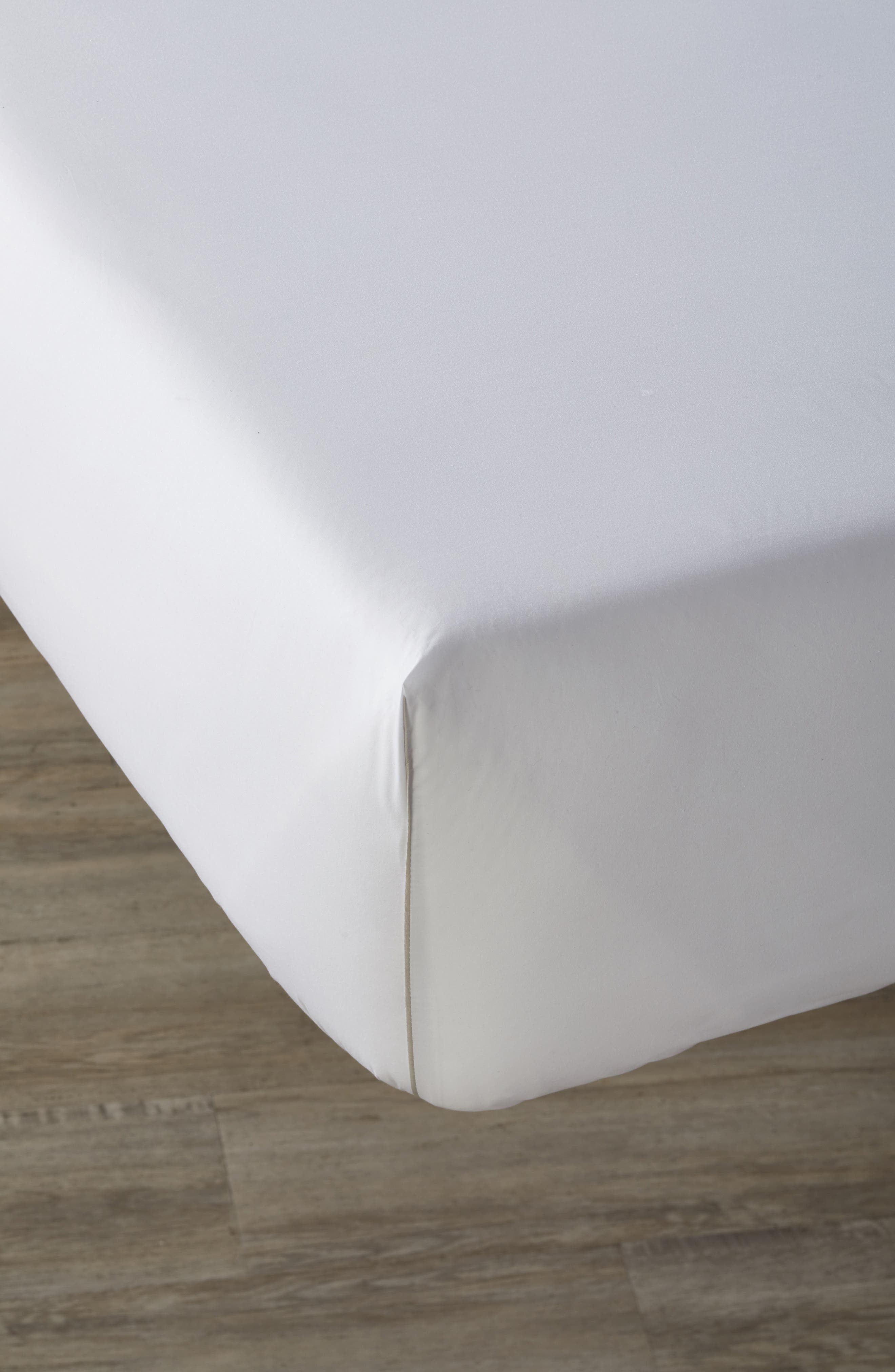 Main Image - Calvin Klein Home Series 1 500 Thread Count Fitted Sheet