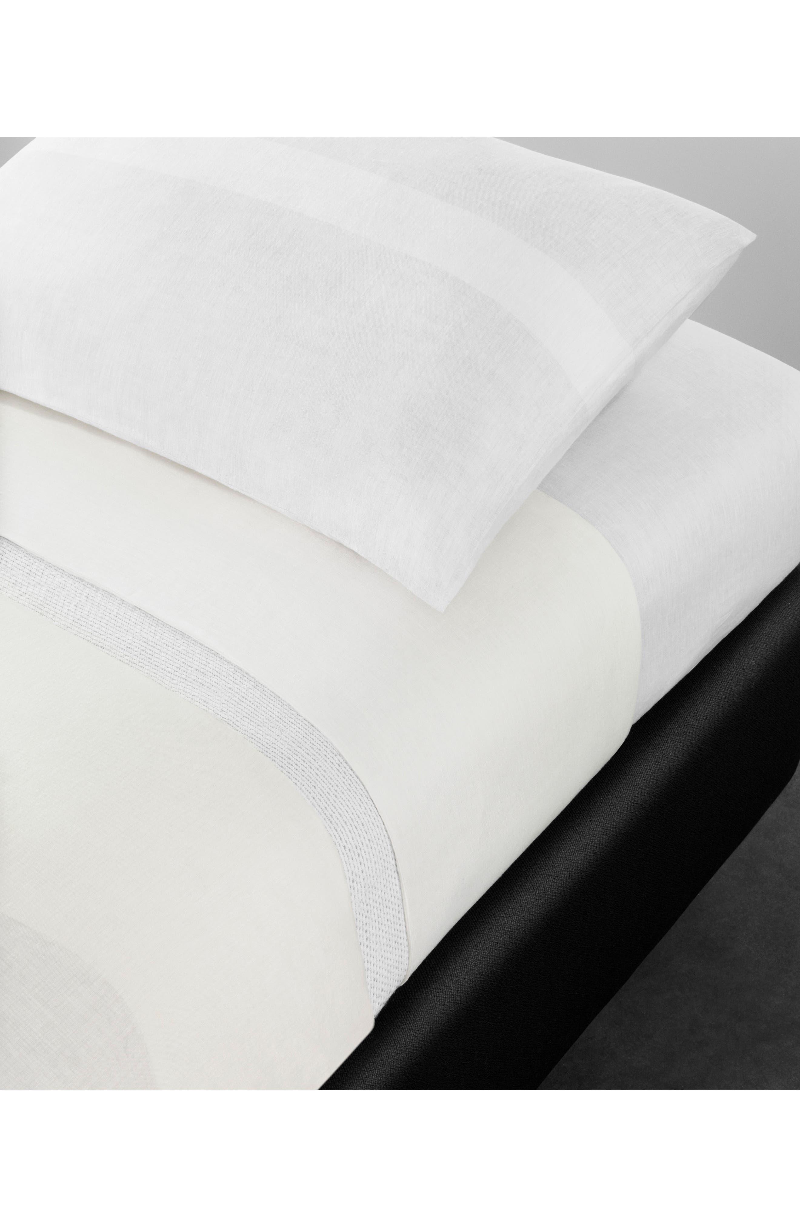 Alternate Image 2  - Calvin Klein Home Solo 580 Thread Count Linen Duvet Cover