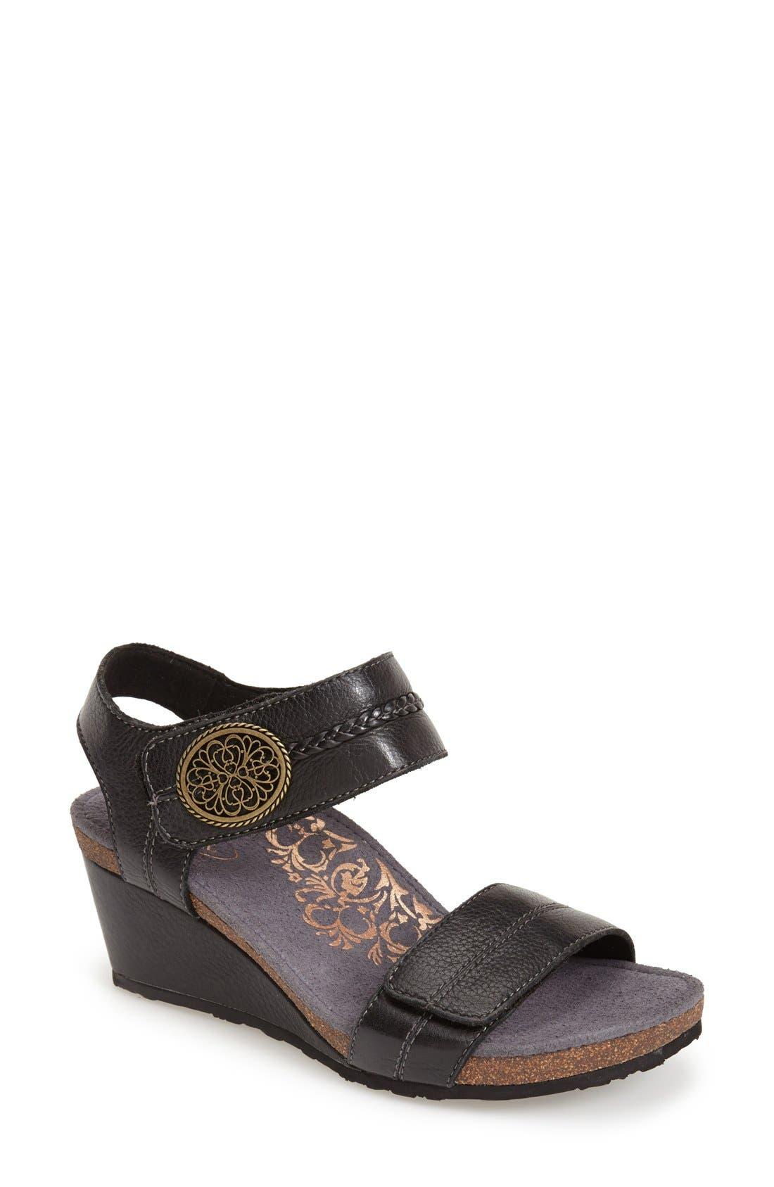 Aetrex 'Arielle' Leather Wedge Sandal (Women)