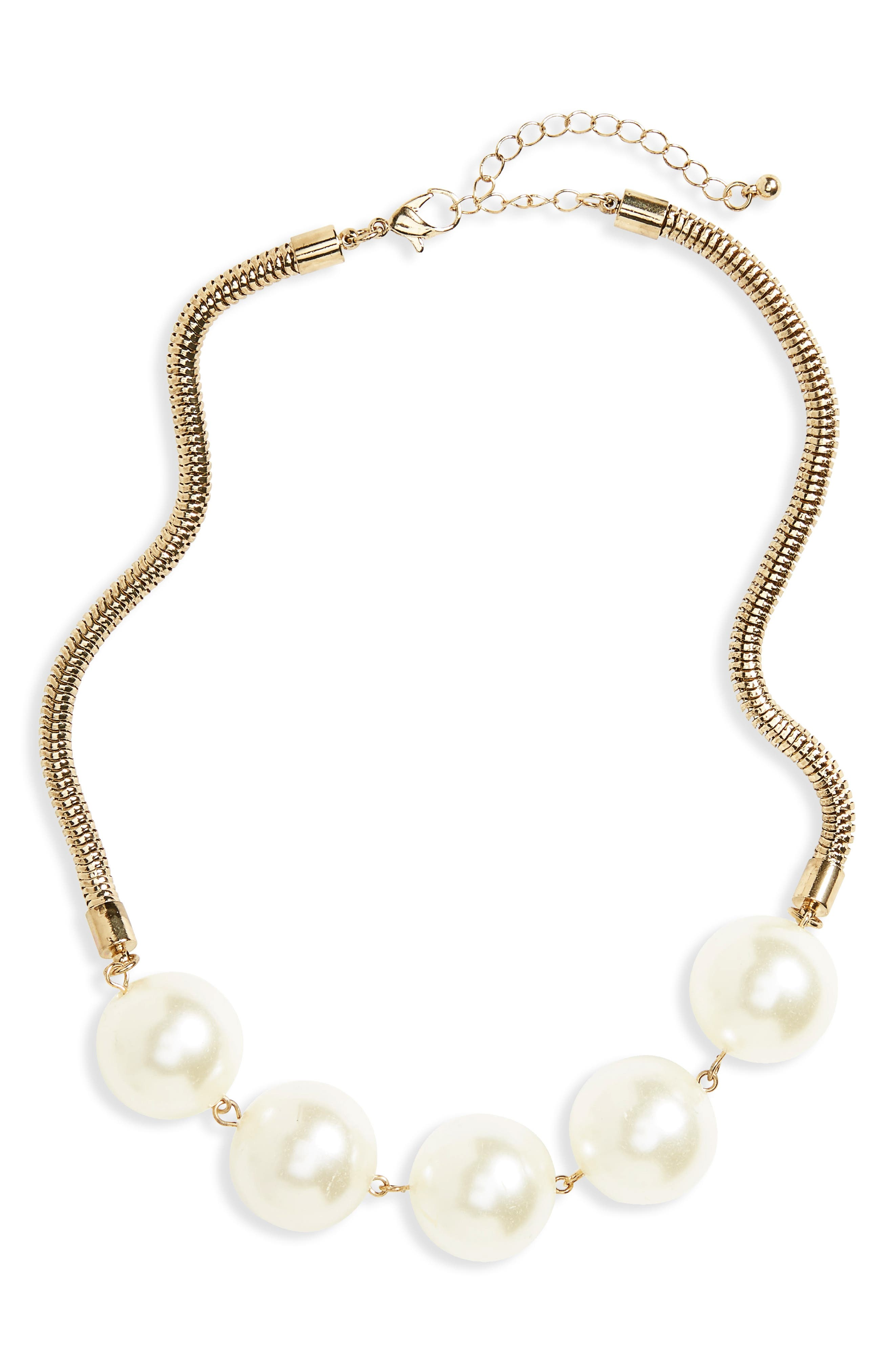 BP. Imitation Pearl Necklace