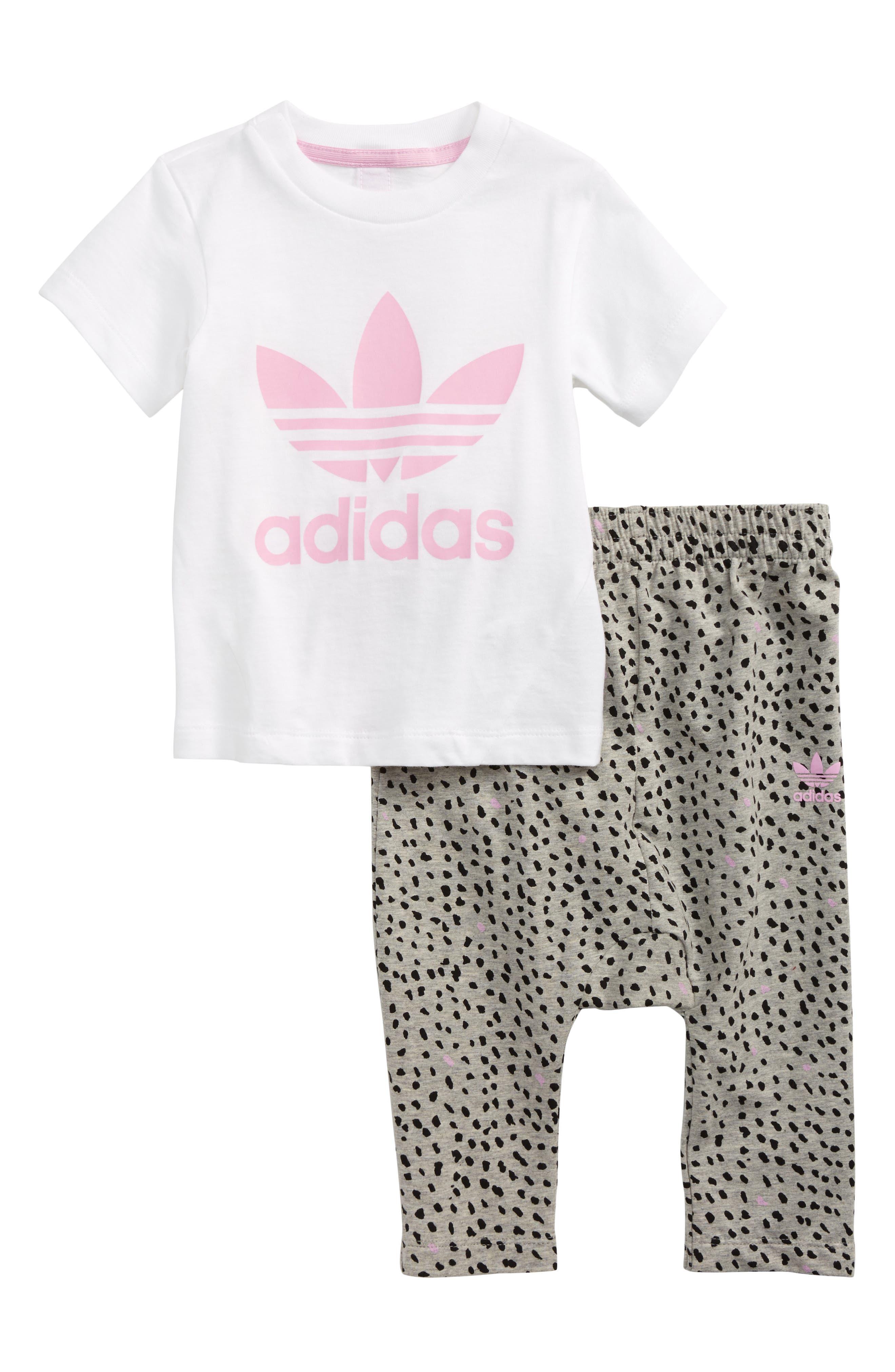 Alternate Image 1 Selected - adidas Originals Logo Tee & Print Leggings Set (Baby Girls)