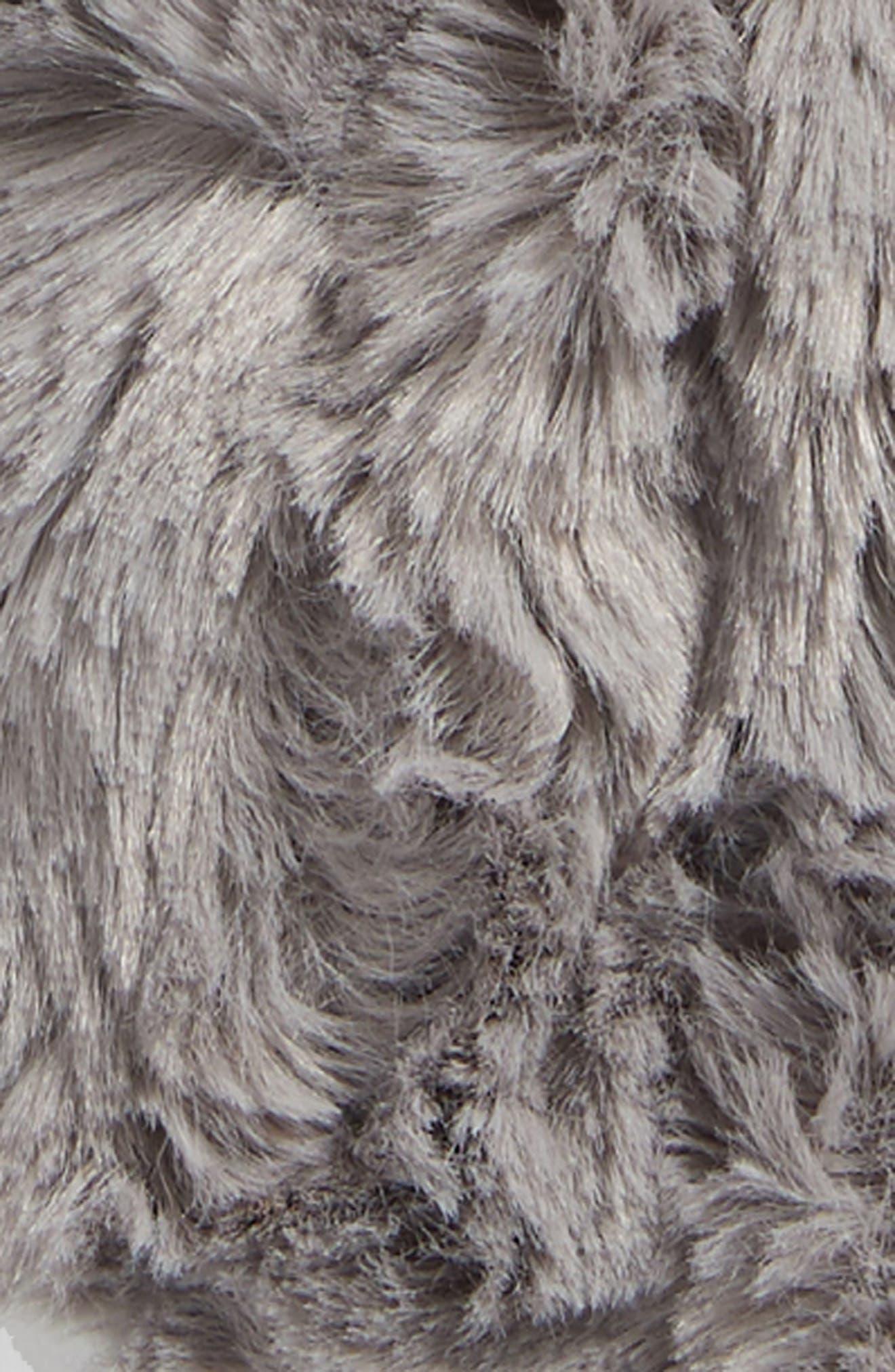 Alternate Image 2  - Sonoma Lavender Stonehide Footies