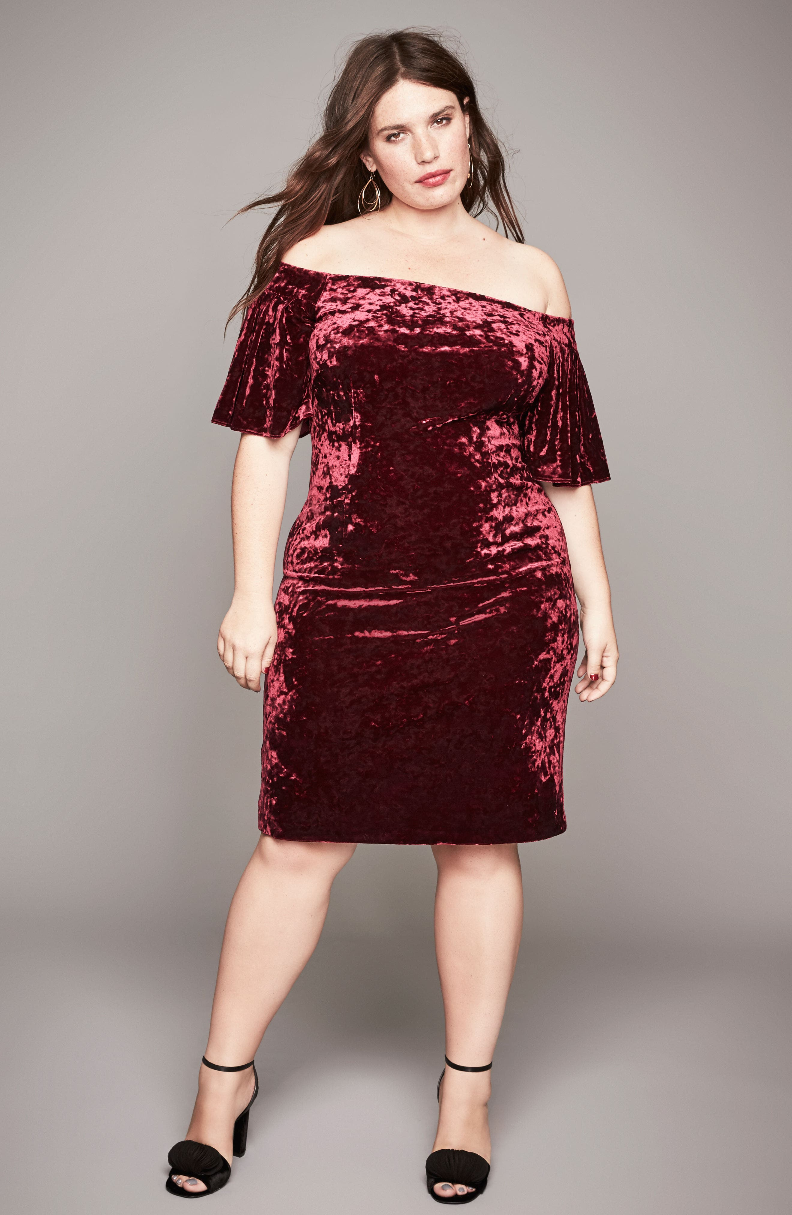 Alternate Image 7  - Eliza J Off the Shoulder Velvet Sheath Dress (Plus Size)